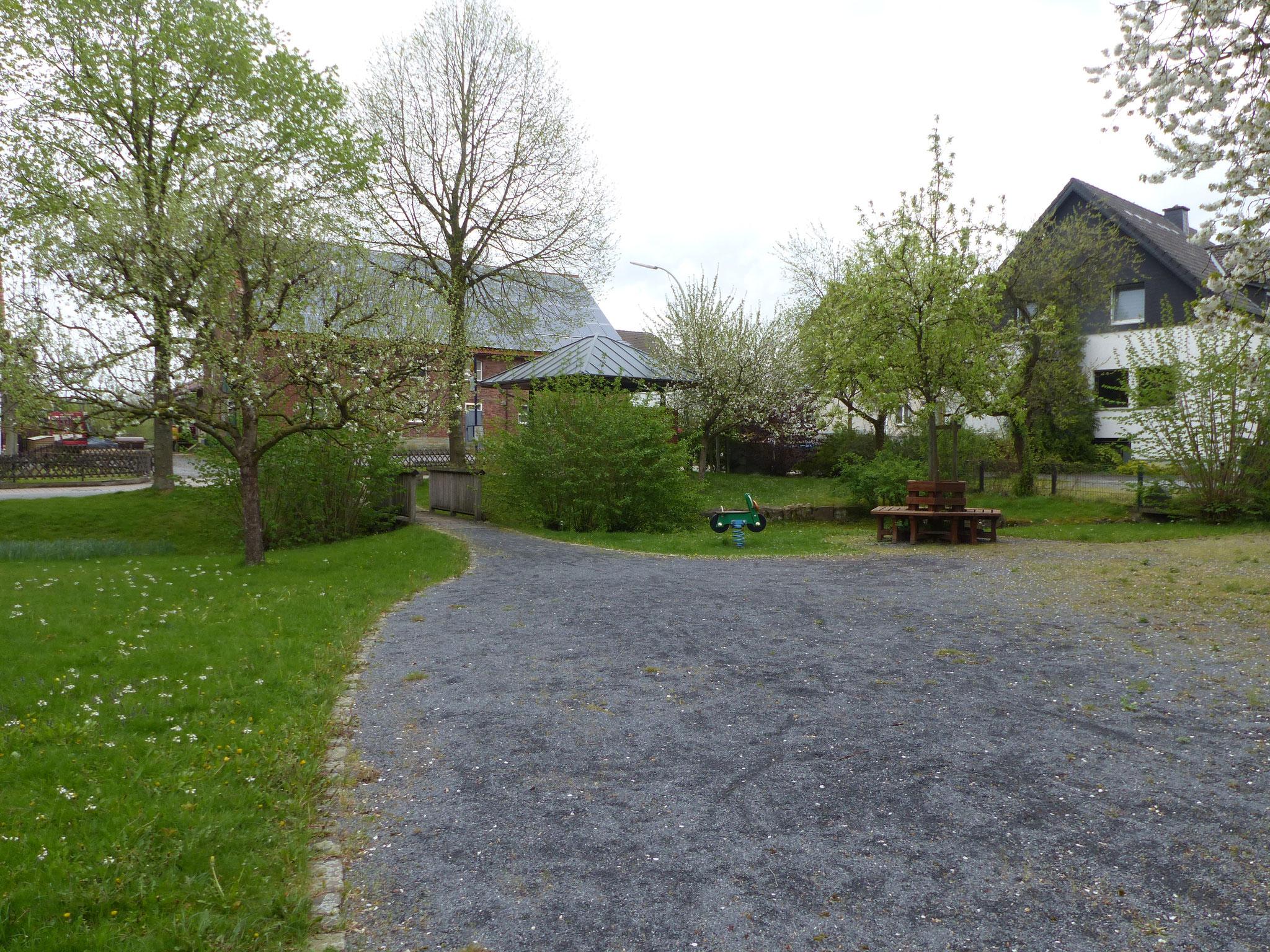 Der Dorfplatz Niederbergheim