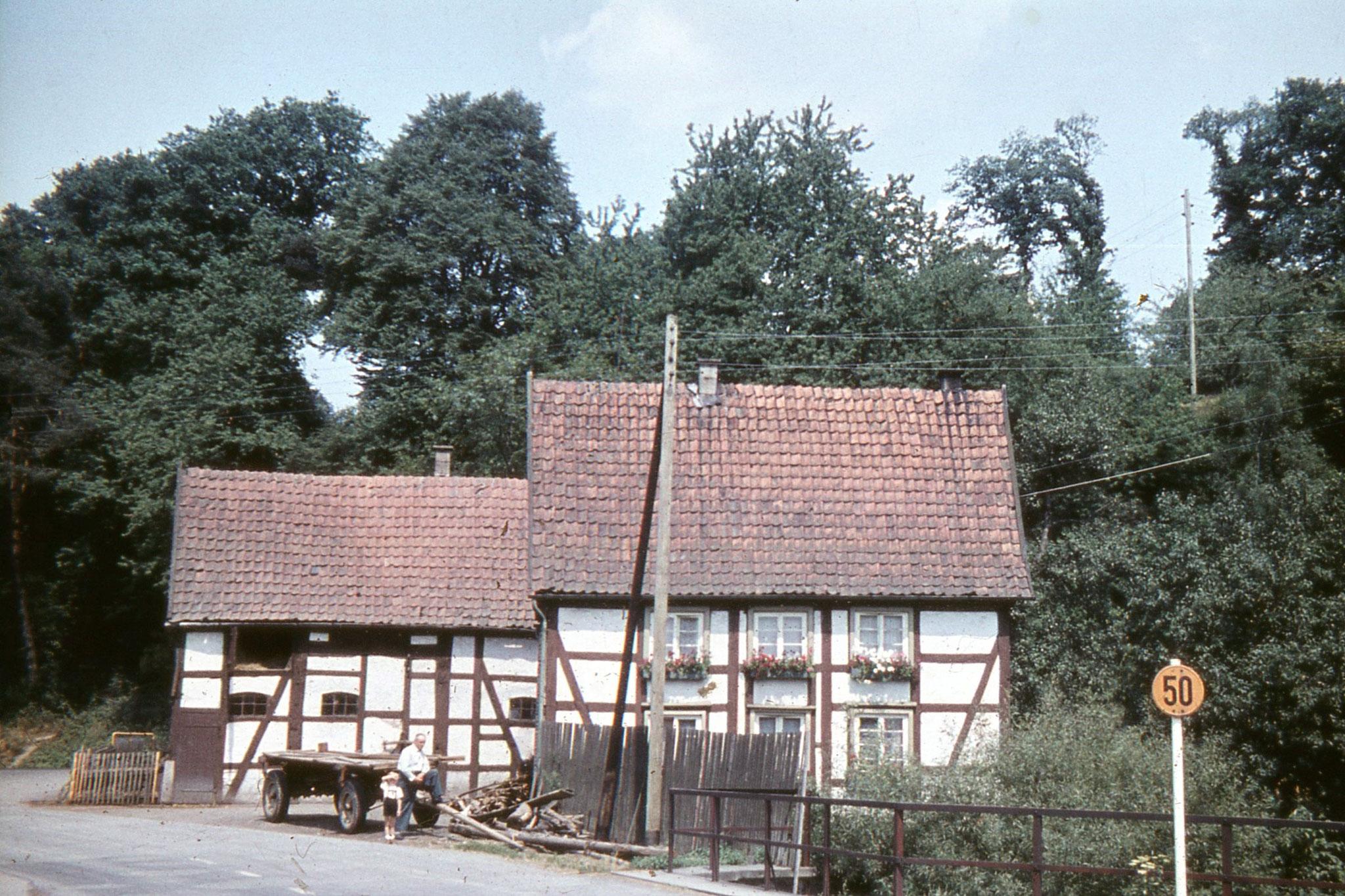 Ehemaliges Fachwerkhaus an der Kreuzung Möhnestraße