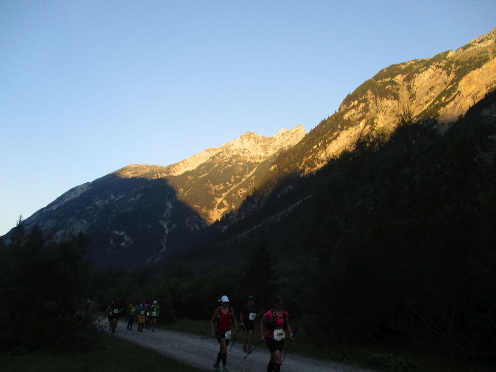 """Karwendelmarsch 2016 - Sonnenaufgang im """"Karwendeltal"""""""