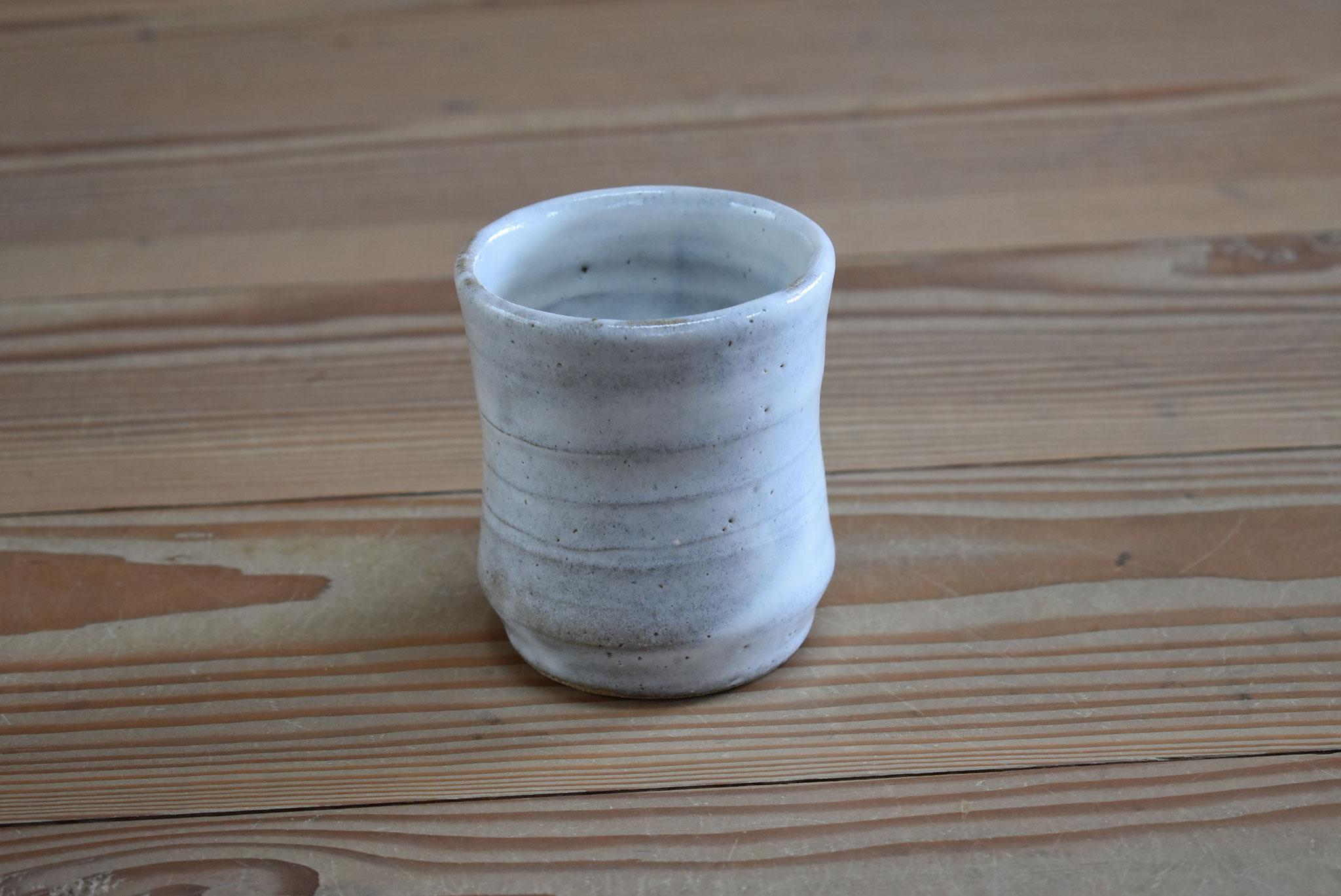湯呑:赤土に糠白釉