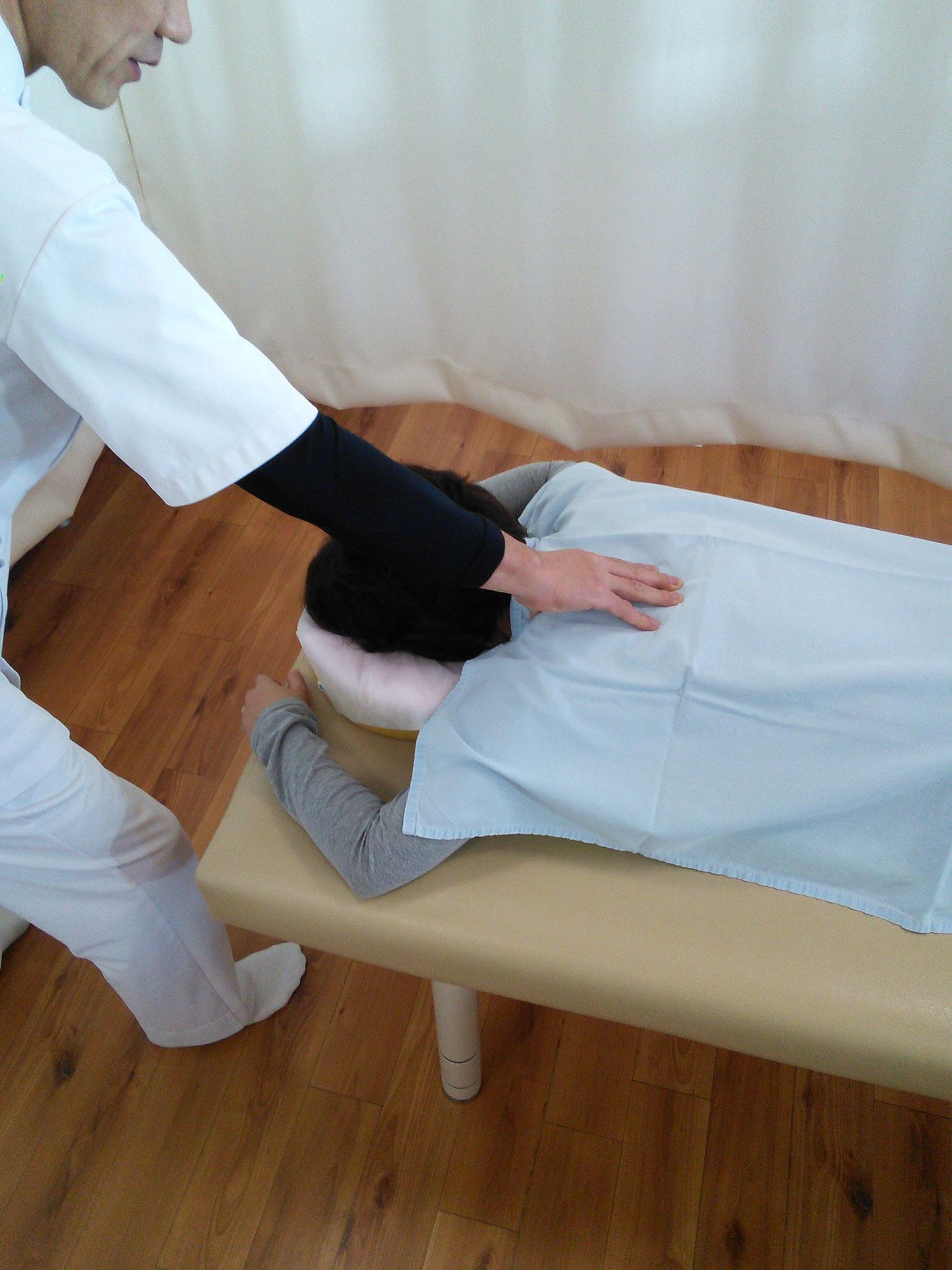 肩痛・肩凝りの整体施術
