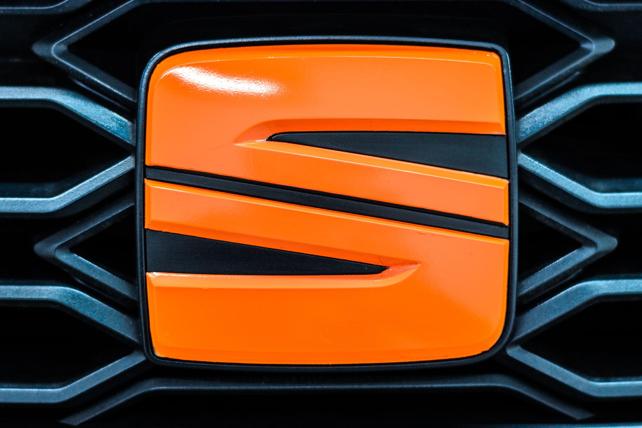 AVERY Supreme Wrapping Film Gloss Orange