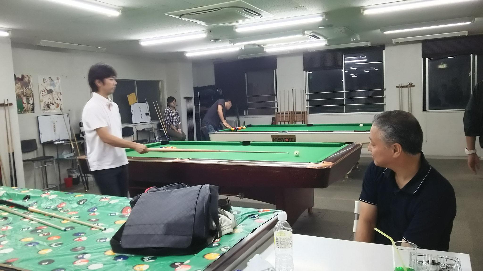 試合を見守る田中さん