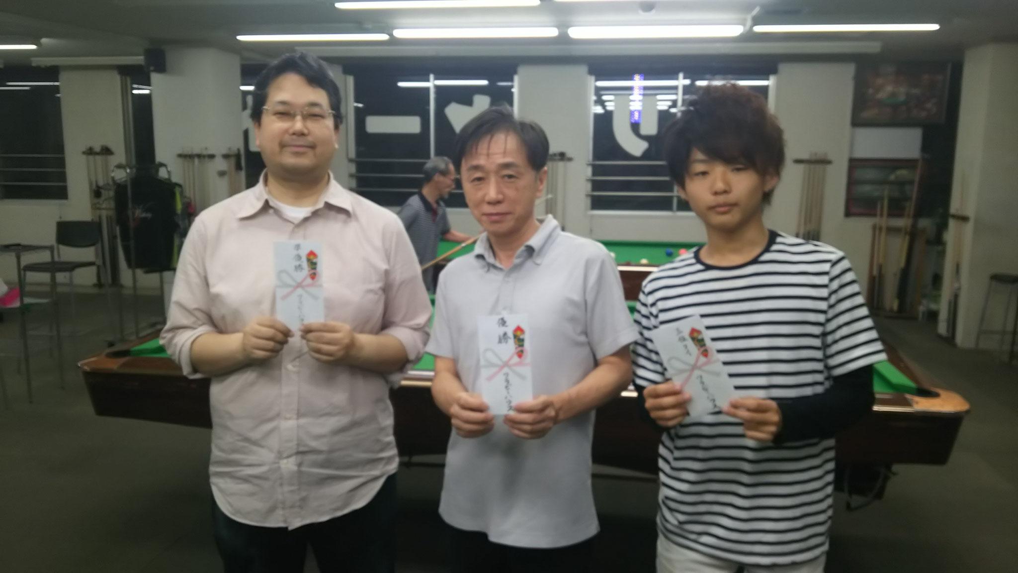 森本さん(準優勝) 立木さん(優勝) 吉岡晃くん(3位タイ)