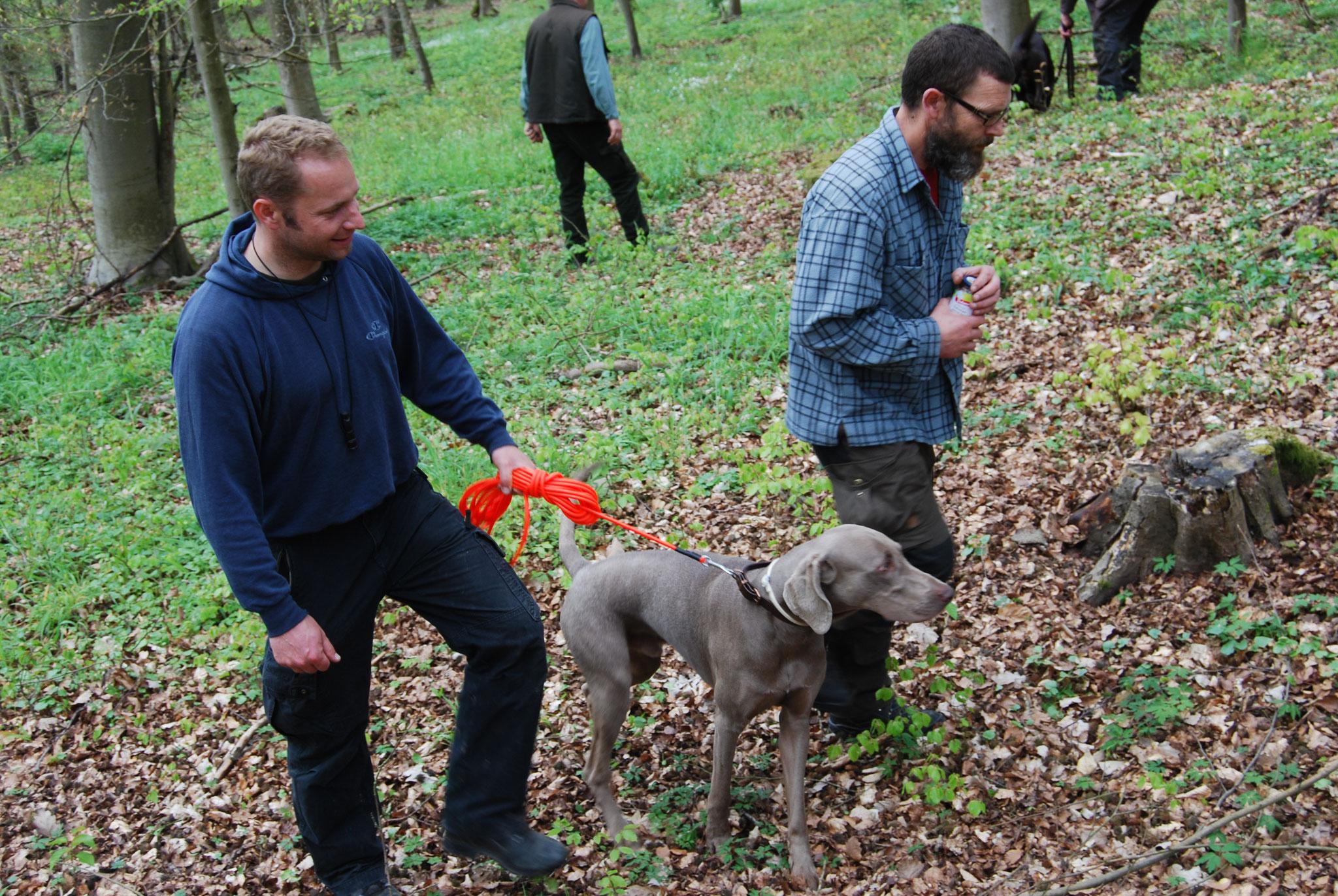 Kay Lienert und Hans-Peter Heuser, Besitzer von Emma sind zufrieden mit den Leistungen ihrer Hunde.