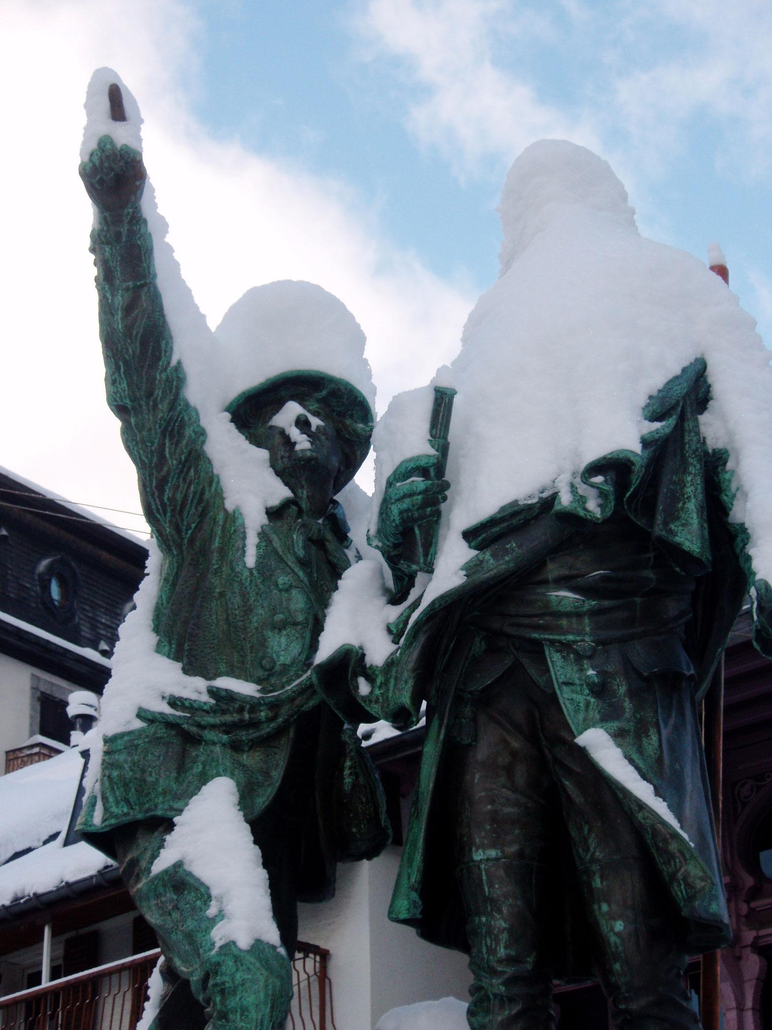 Du confinement des statues . 20 avril