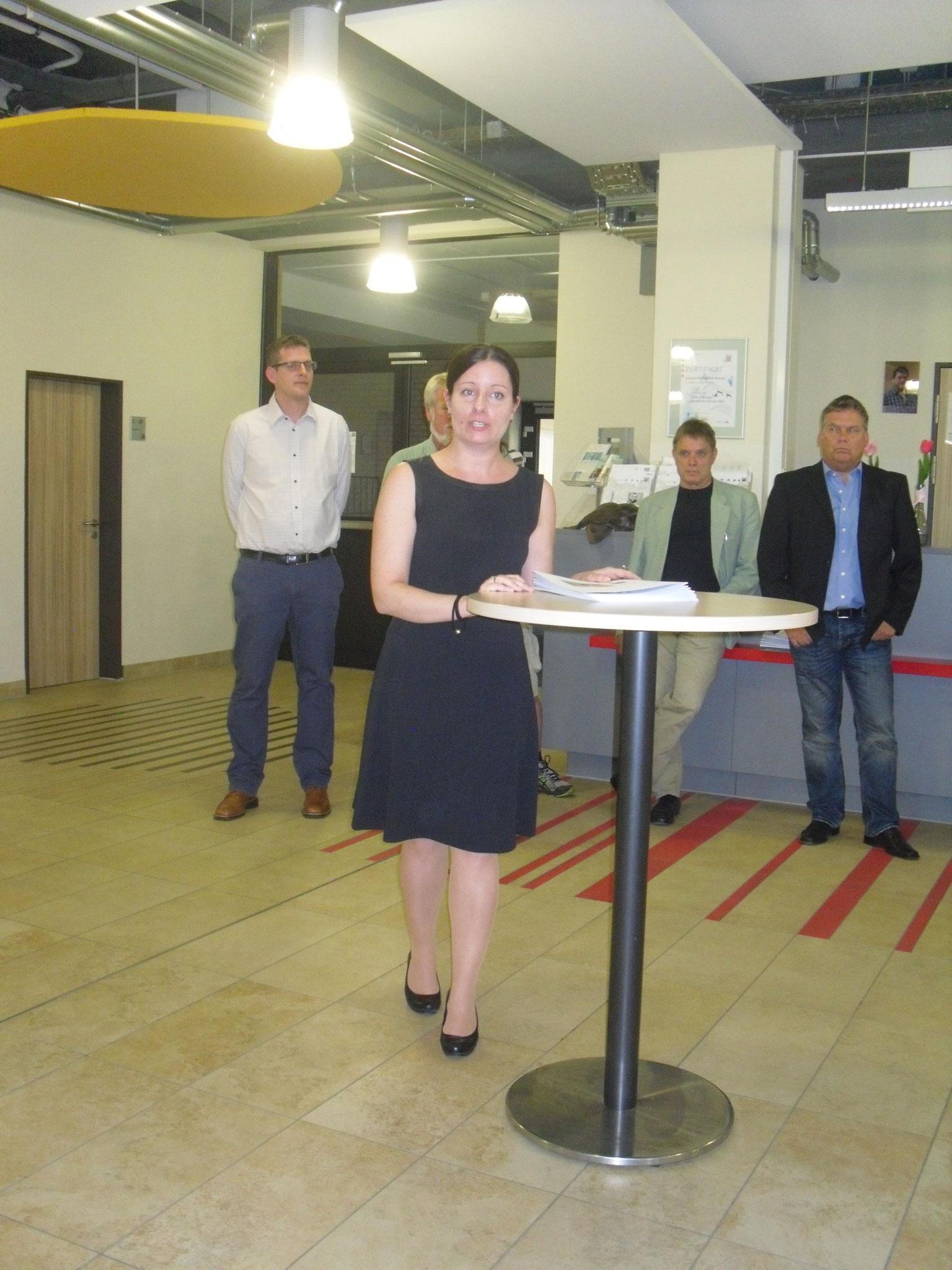 Nathalie Reinke, Klassenlehrerin BF2C