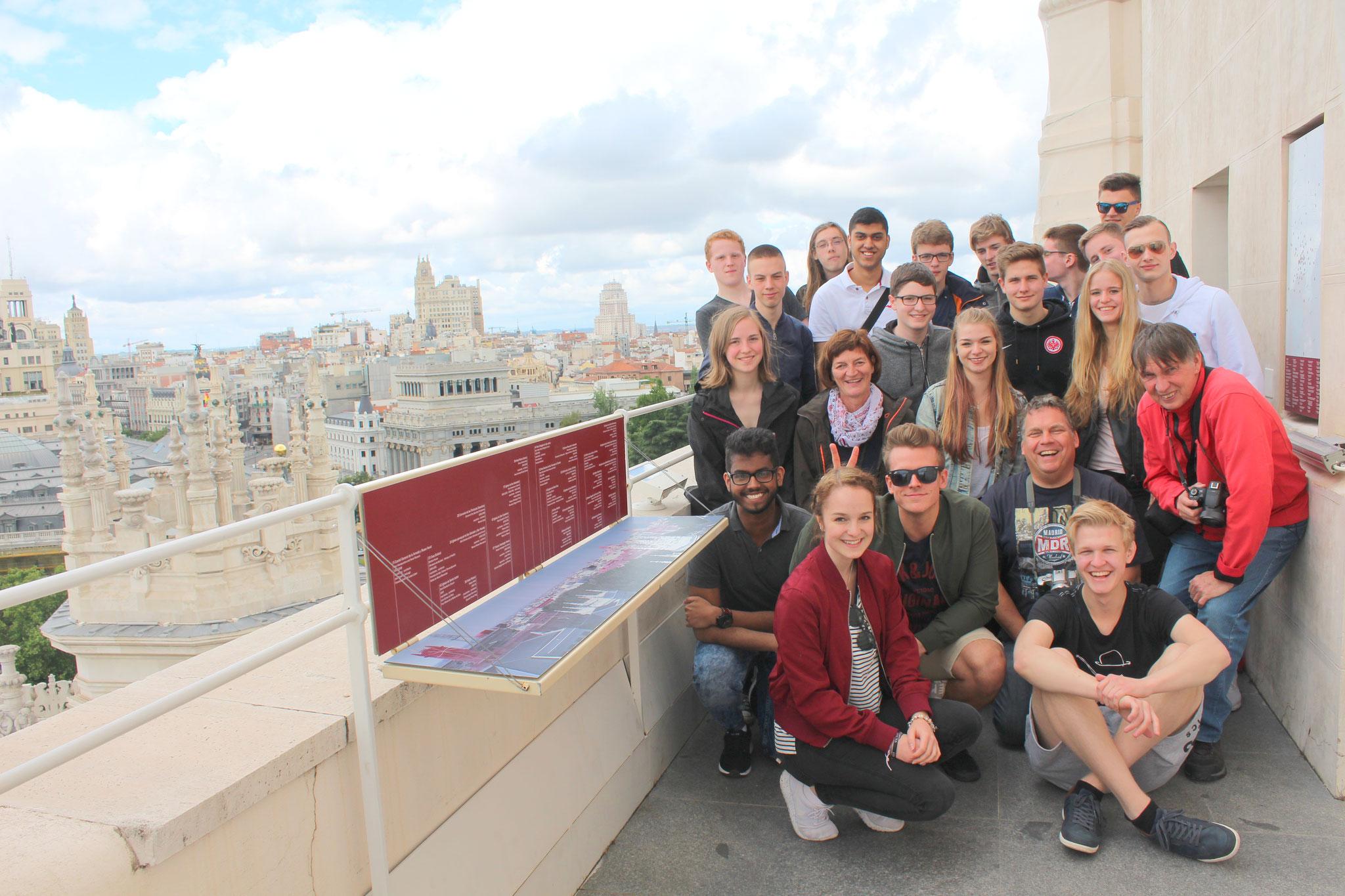 Spanischkurs in Madrid, 2. Reihe rechts Hr. Brendel, links daneben Hr. Peppler