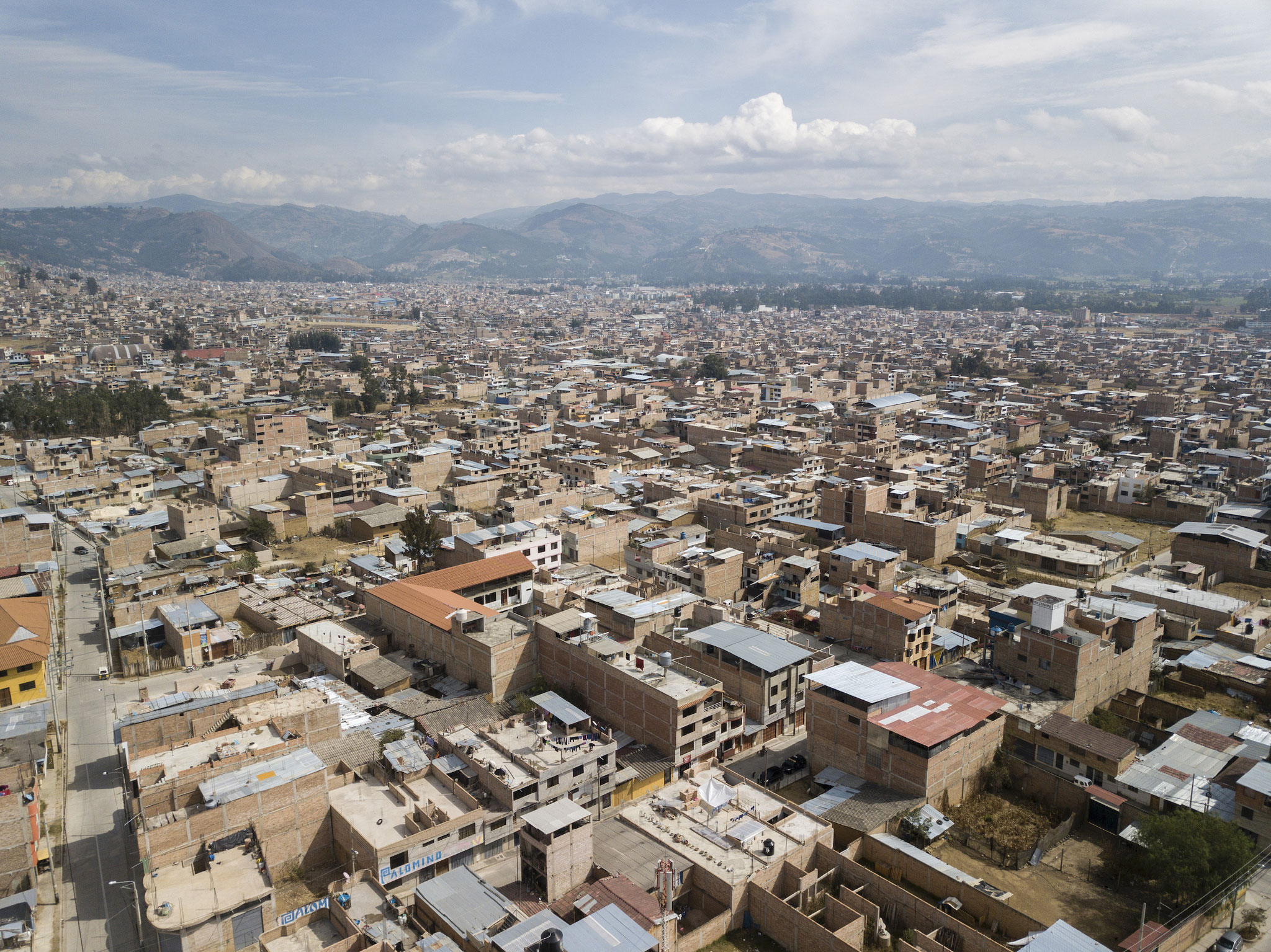 Blick über die peruanische Stadt Cajamarca. Foto: Florian Kopp / Kindermissionswerk