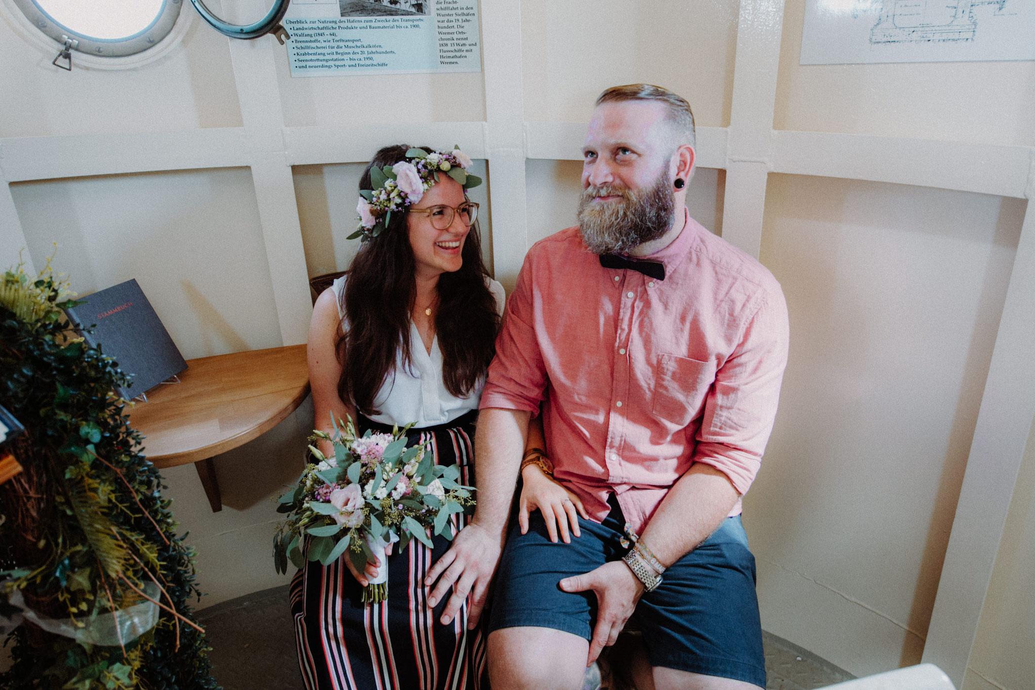 Hochzeit Wremer Leuchtturm in Cuxhaven von Alina Atzler