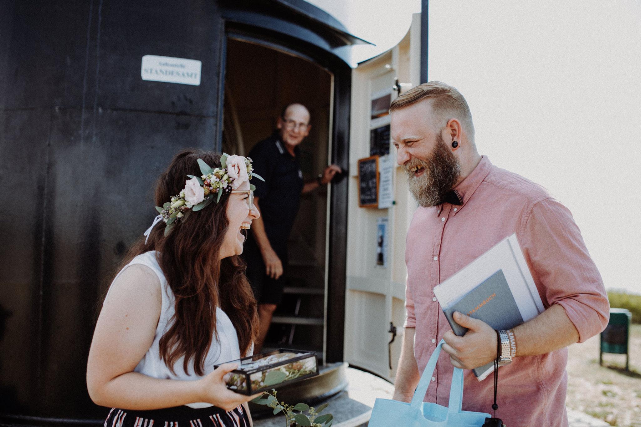 Hochzeit im Leuchtturm Wremen von Alina Atzler
