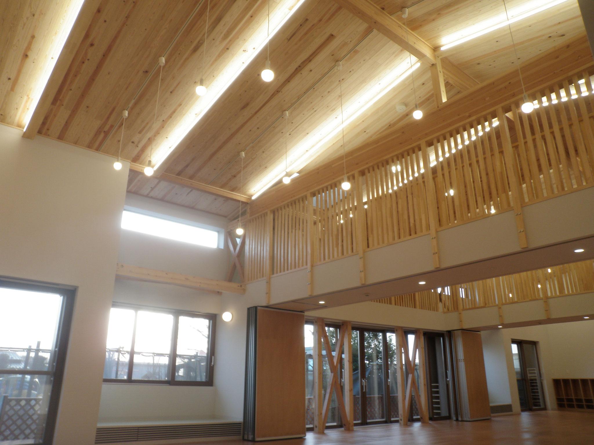 増築した保育棟内部