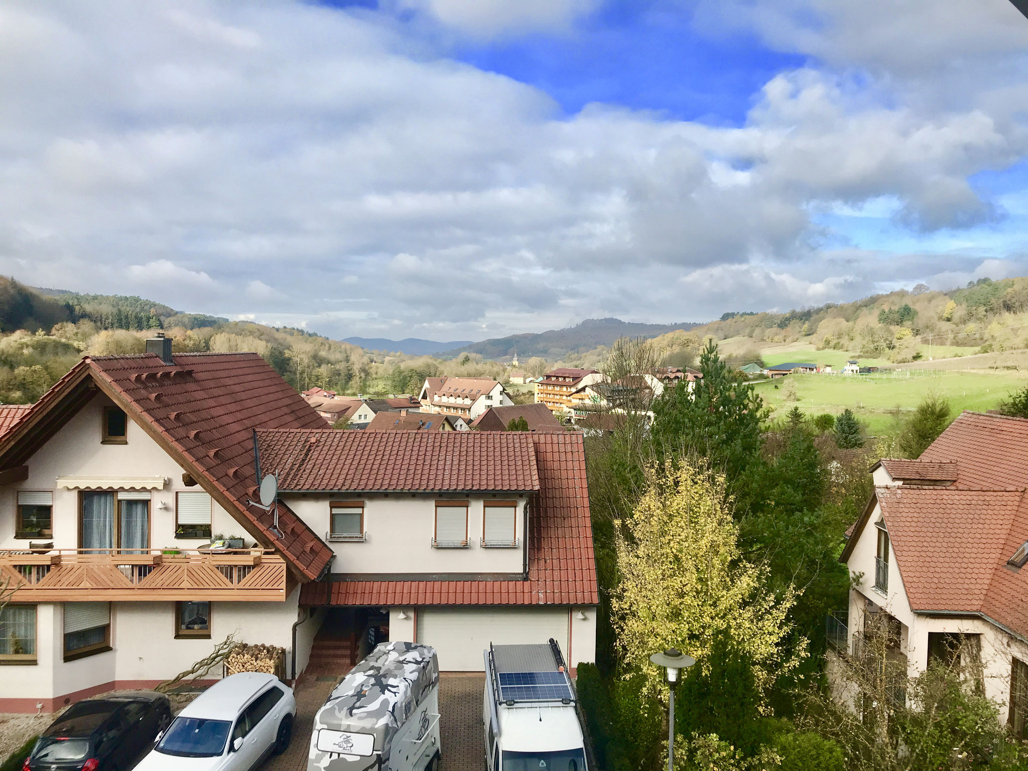 Blick vom Balkon über Schwabthal