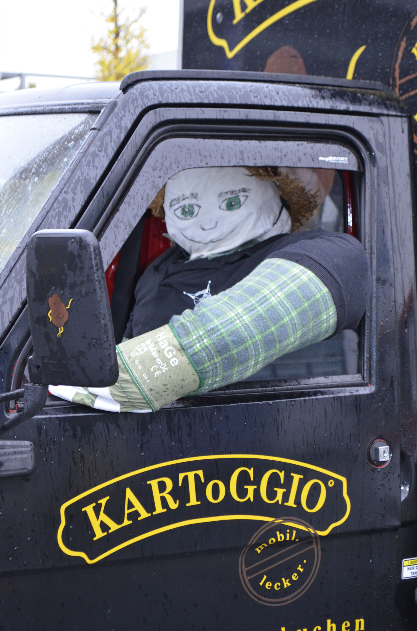 """Family Business- """"Hans- Jürgen"""" aus Rostock zu Besuch auf der AgriTechnica 2017 und natürlich zu Besuch bei KARToGGIO®"""
