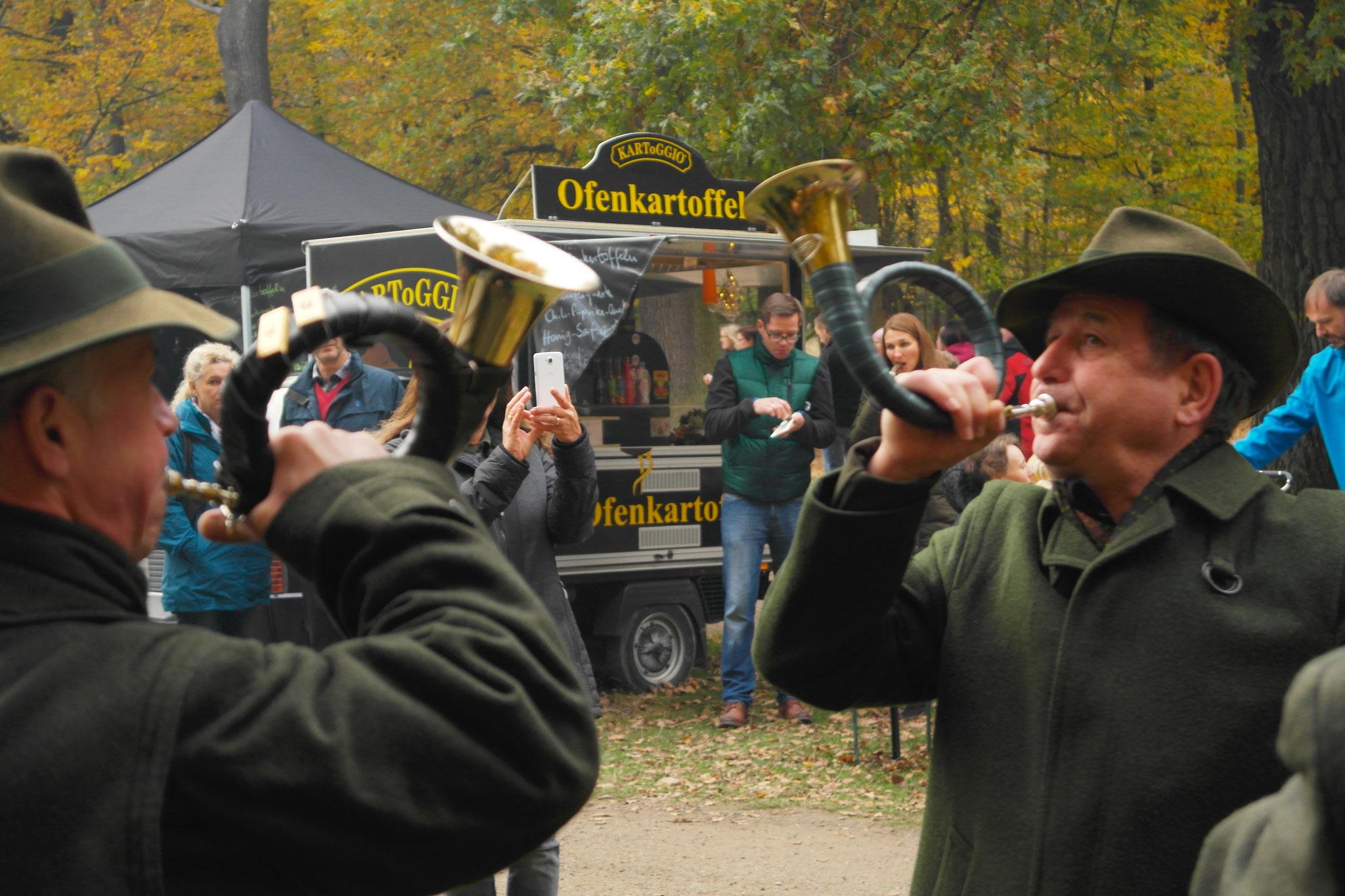 Waidmanns-Dank beim Hubertusfest im Jagdschloss Springe
