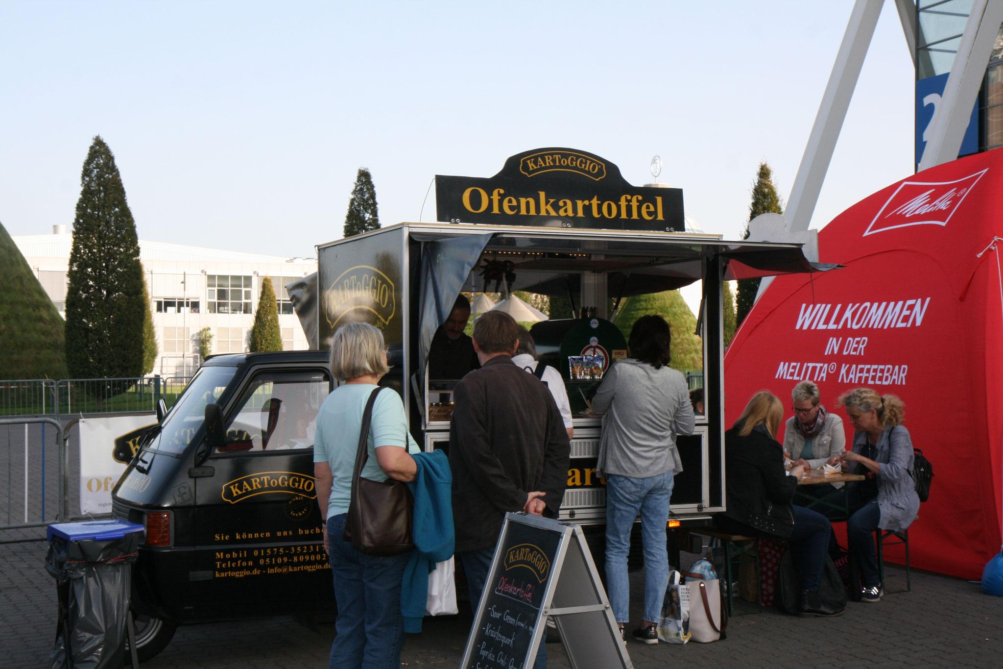 infa 2017 - Deutschlands größte Erlebnis und Einkaufsmesse. Bummeln macht hungrig - Zeit für eine Pause bei KARToGGIO®