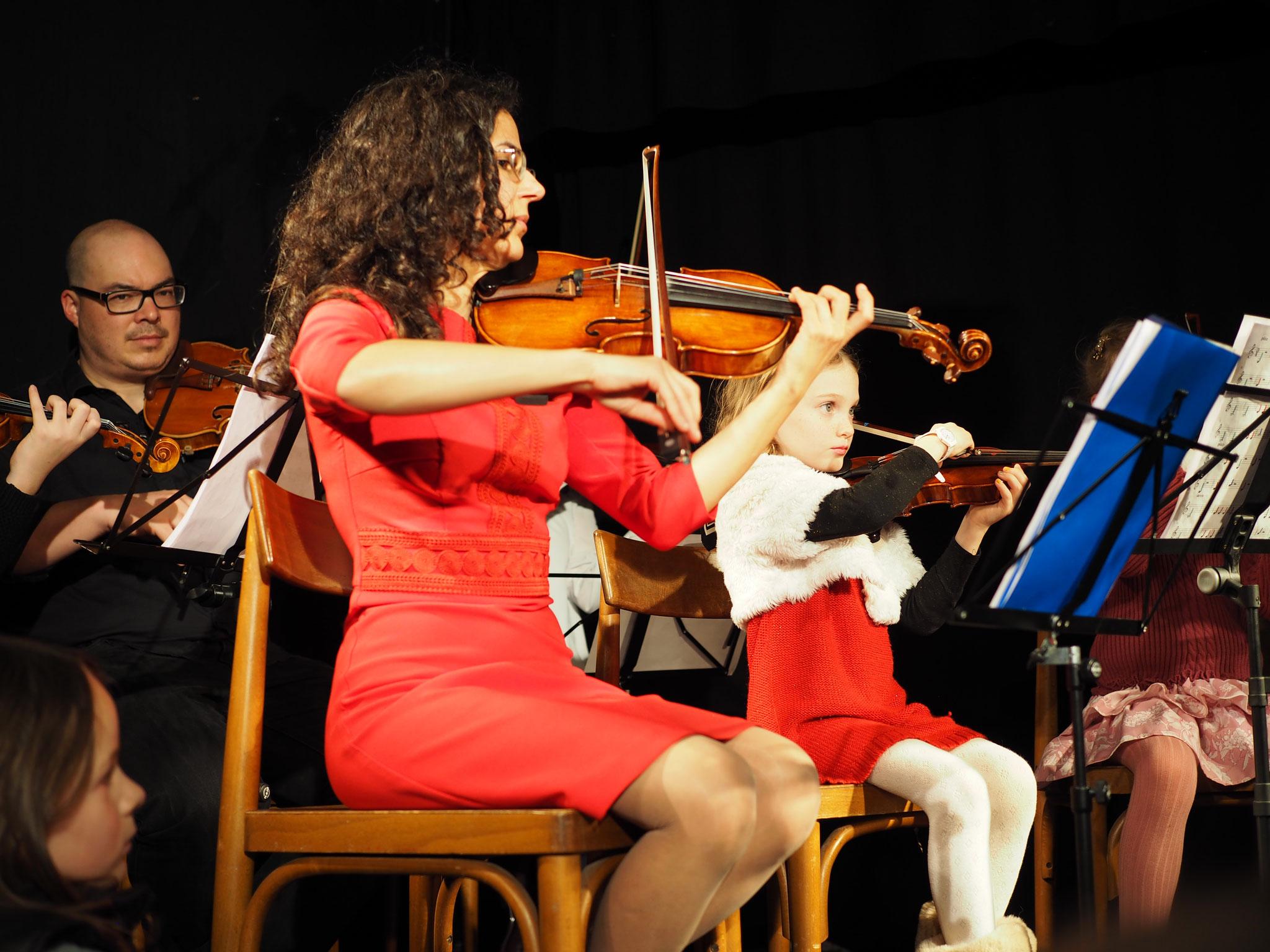 Orchester: die 1. Geige