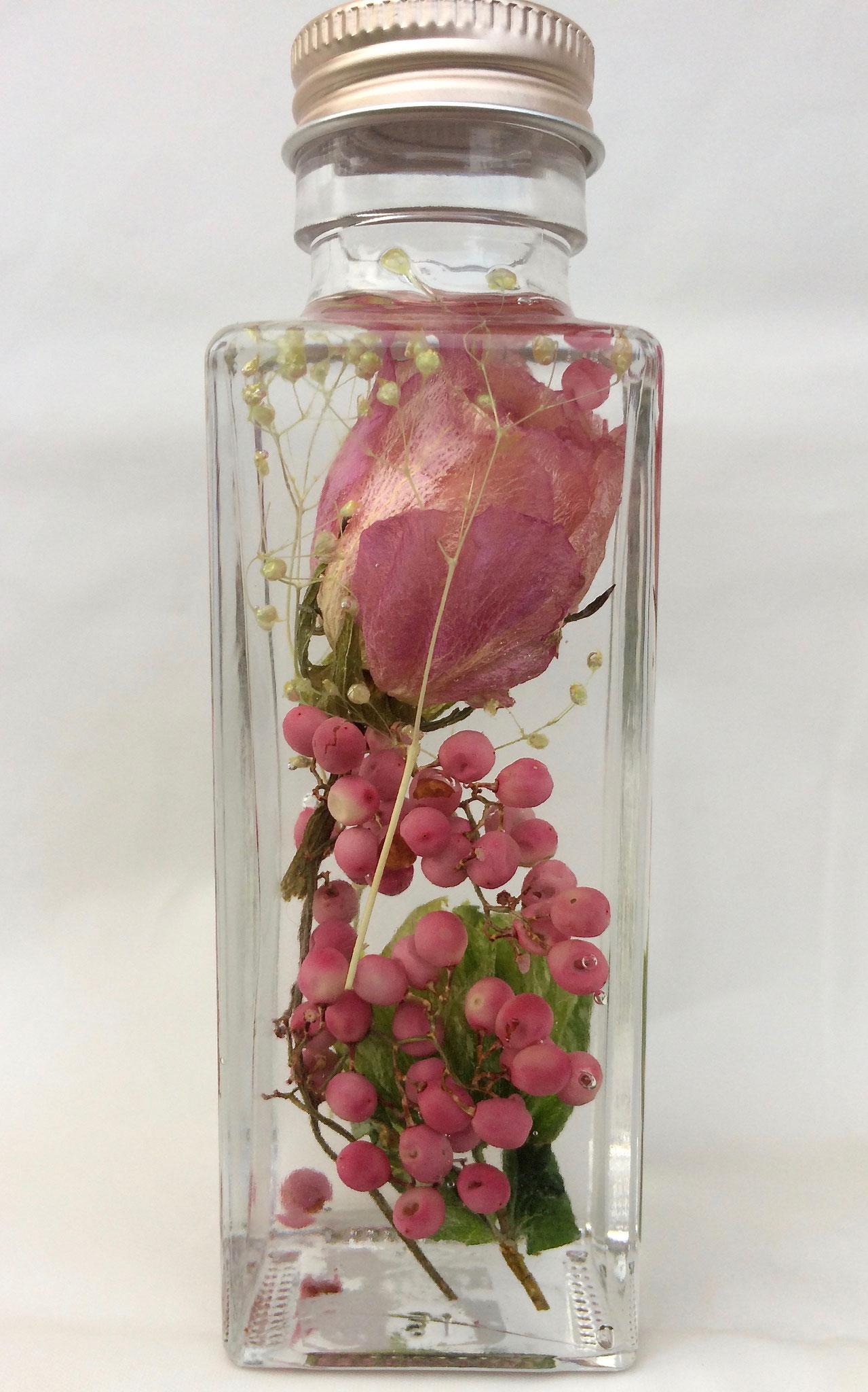 ピンクのバラをメインに
