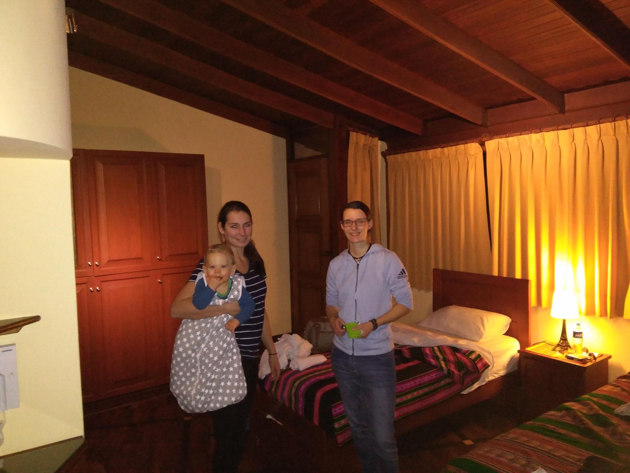 Wir sind richtig glücklich, dass die Reise so schnell und problemlos ablief und genießen jetzt einfach ein paar Tage die beeindruckende Hauptstadt Perus.