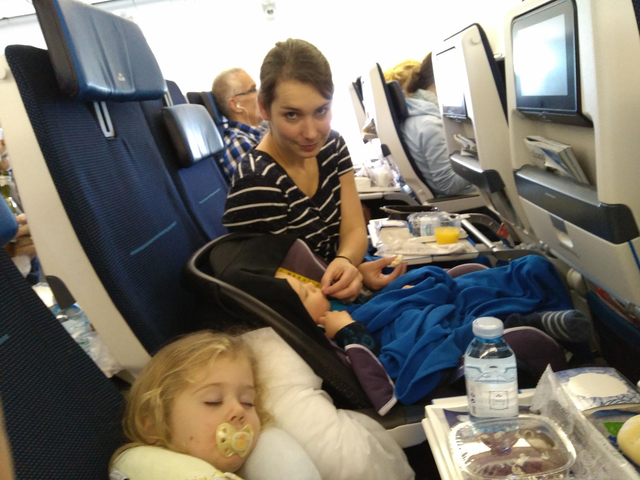 Die Plätze waren super und eine Stewardess ermöglichte es, ...