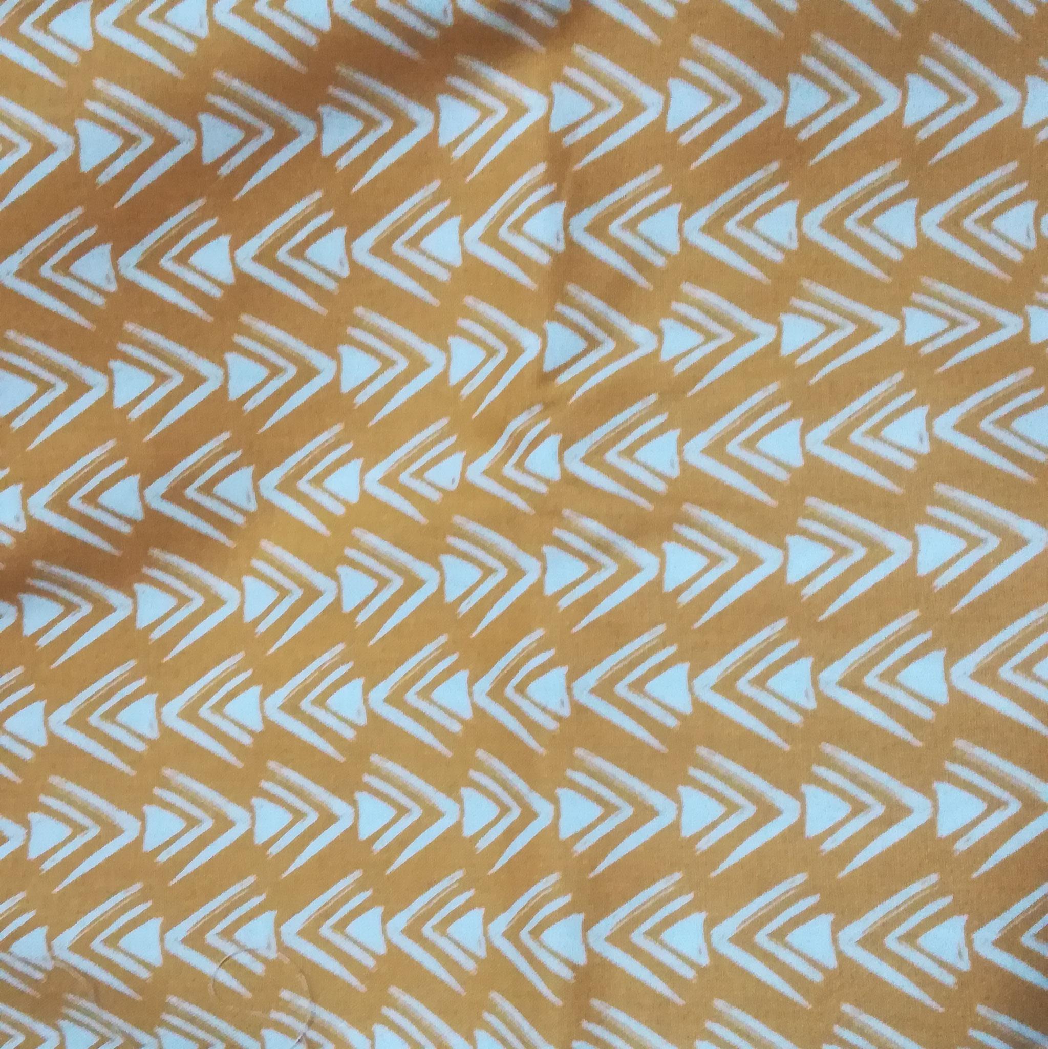 Yellow mustard arrows