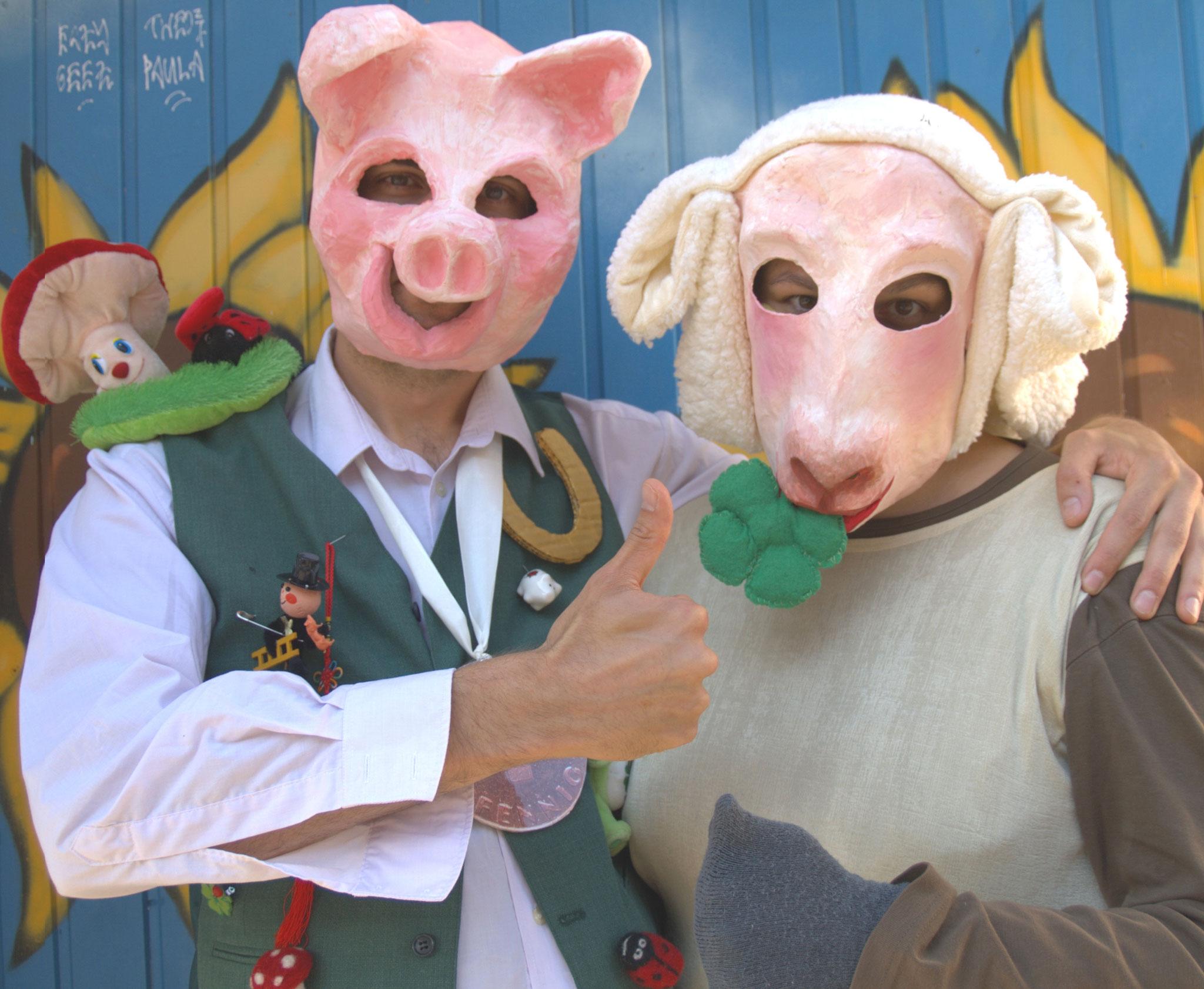 """Bürgermeister Eber (links) und Frau Schaaf (rechts), aus """"Der Suche nach dem Glück"""""""