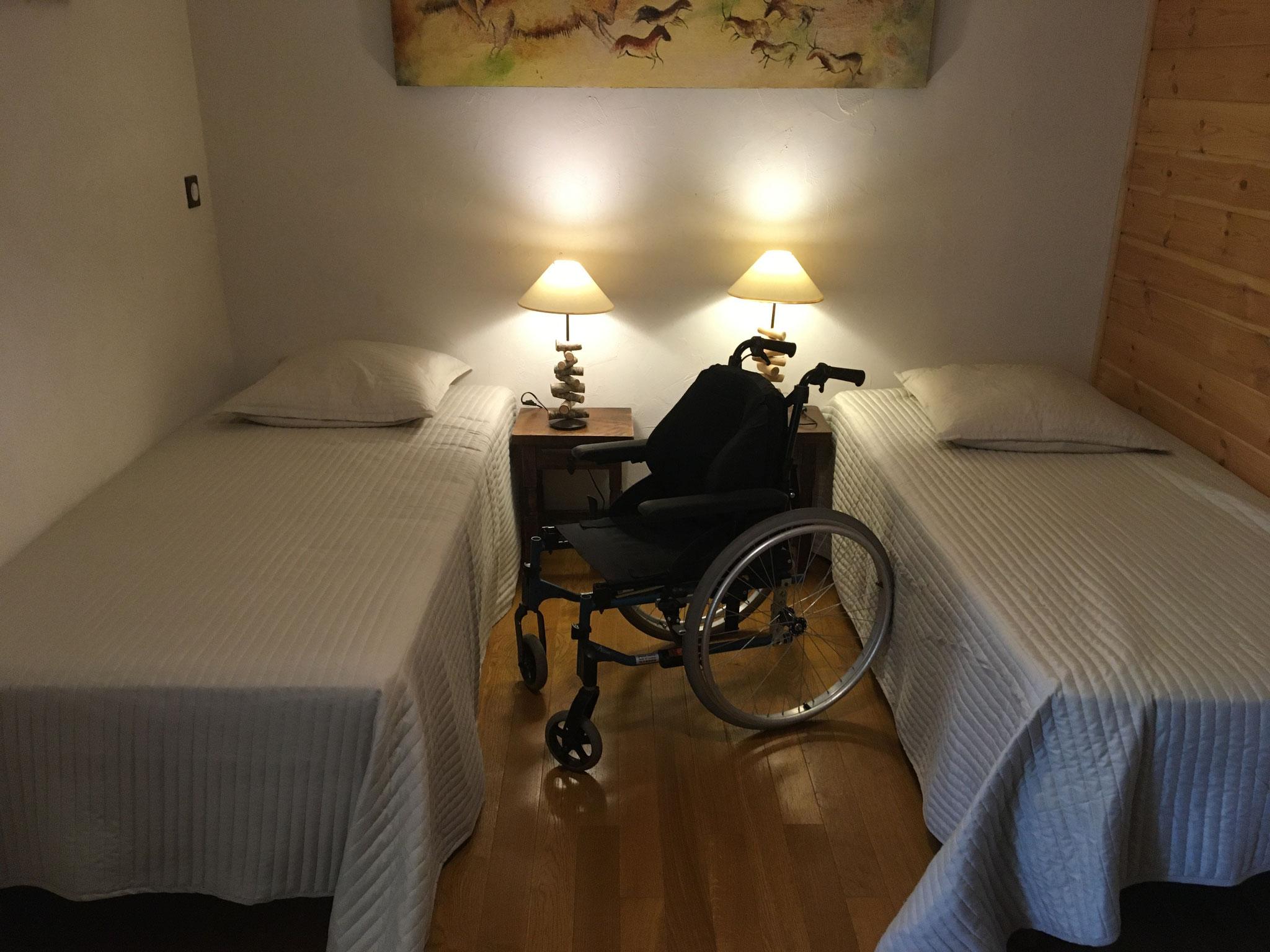 Chambre 2 pers, lits de 90x190. fluidité des déplacements
