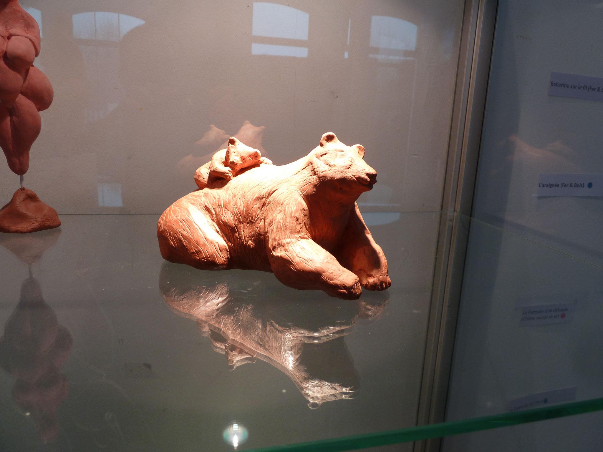 L'ourse (céramique)