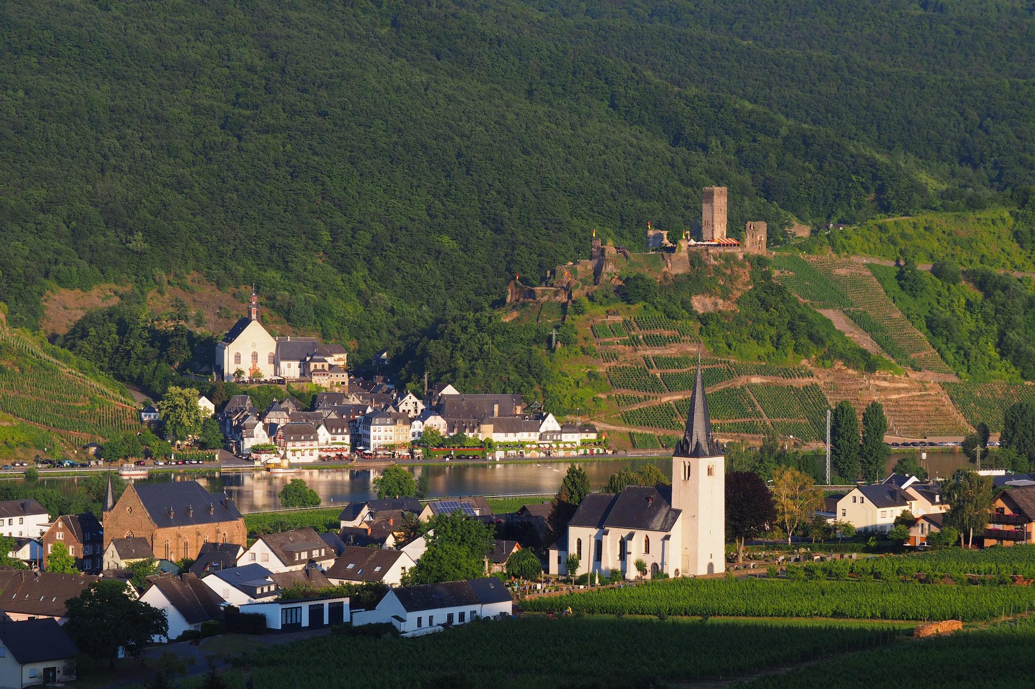 Blick auf Beilstein, 12 km entfernt, Foto: M. Clemens