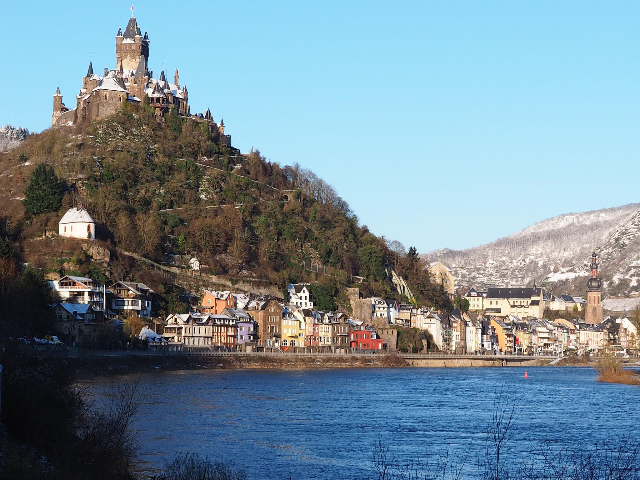 Cochem mit Reichsburg, 12 km entfernt, Foto: M. Clemens