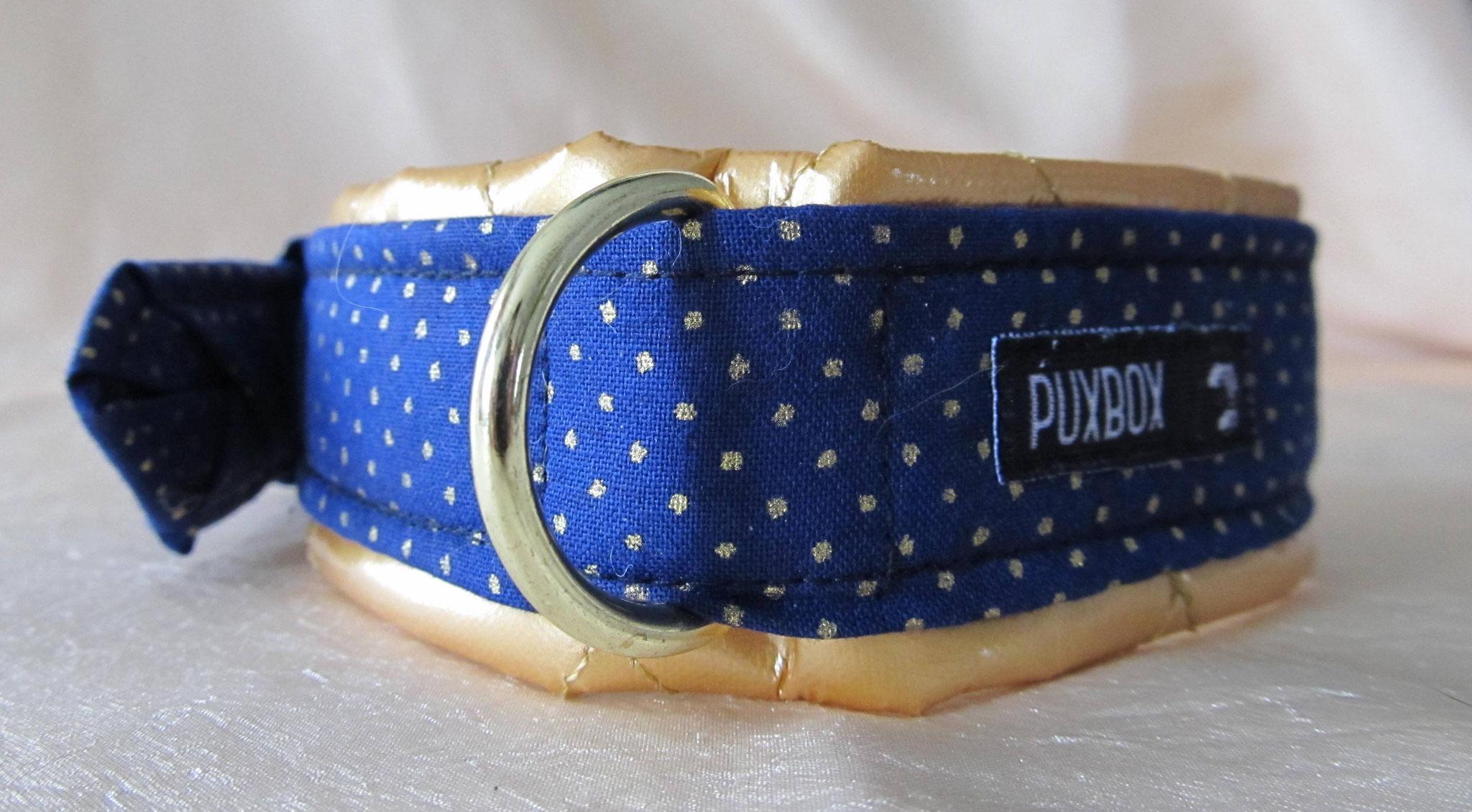 Blaues goldgepunktetes Halsband mit Lackstoff unterlegt, Breite 4 cm, Halsumfang 52 cm, Preis 61,00 €