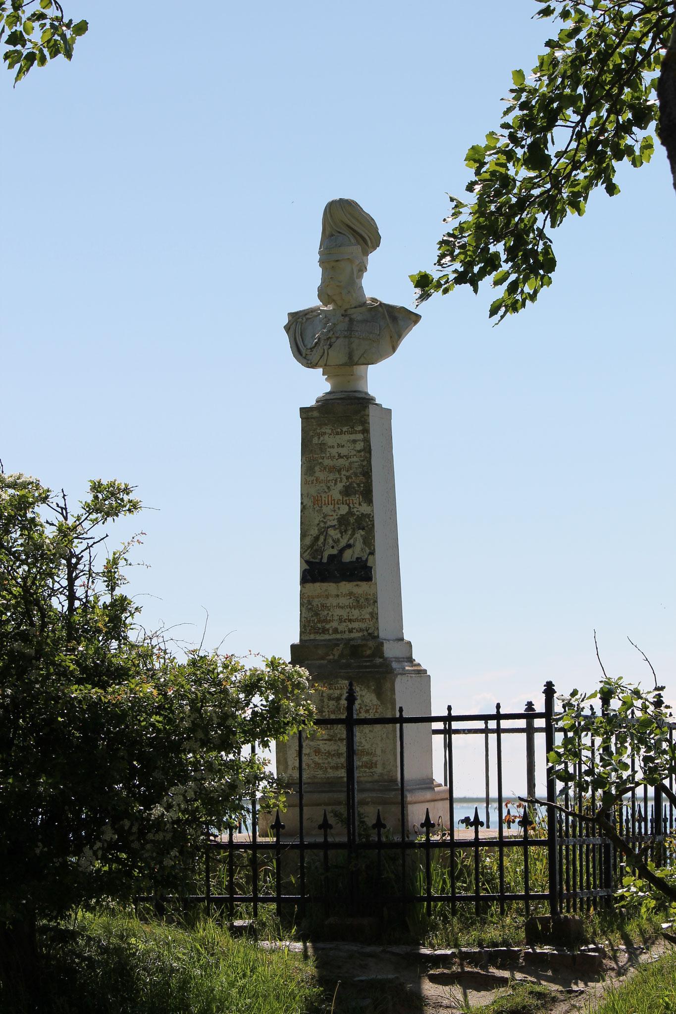 Kaiser Wilhelm, Denkmal im Orther Hafen