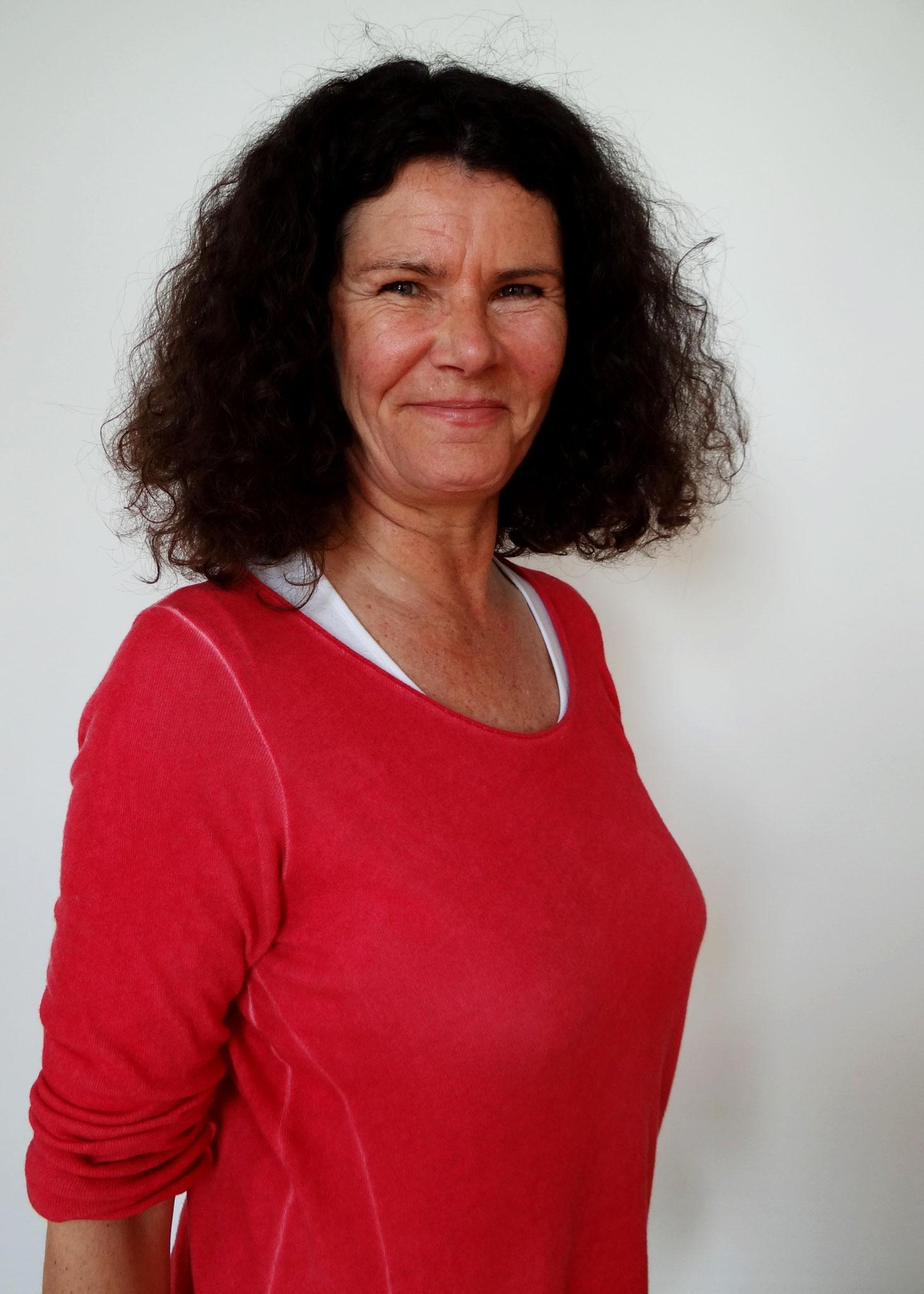 K. Herbst, Geschäftsführerin