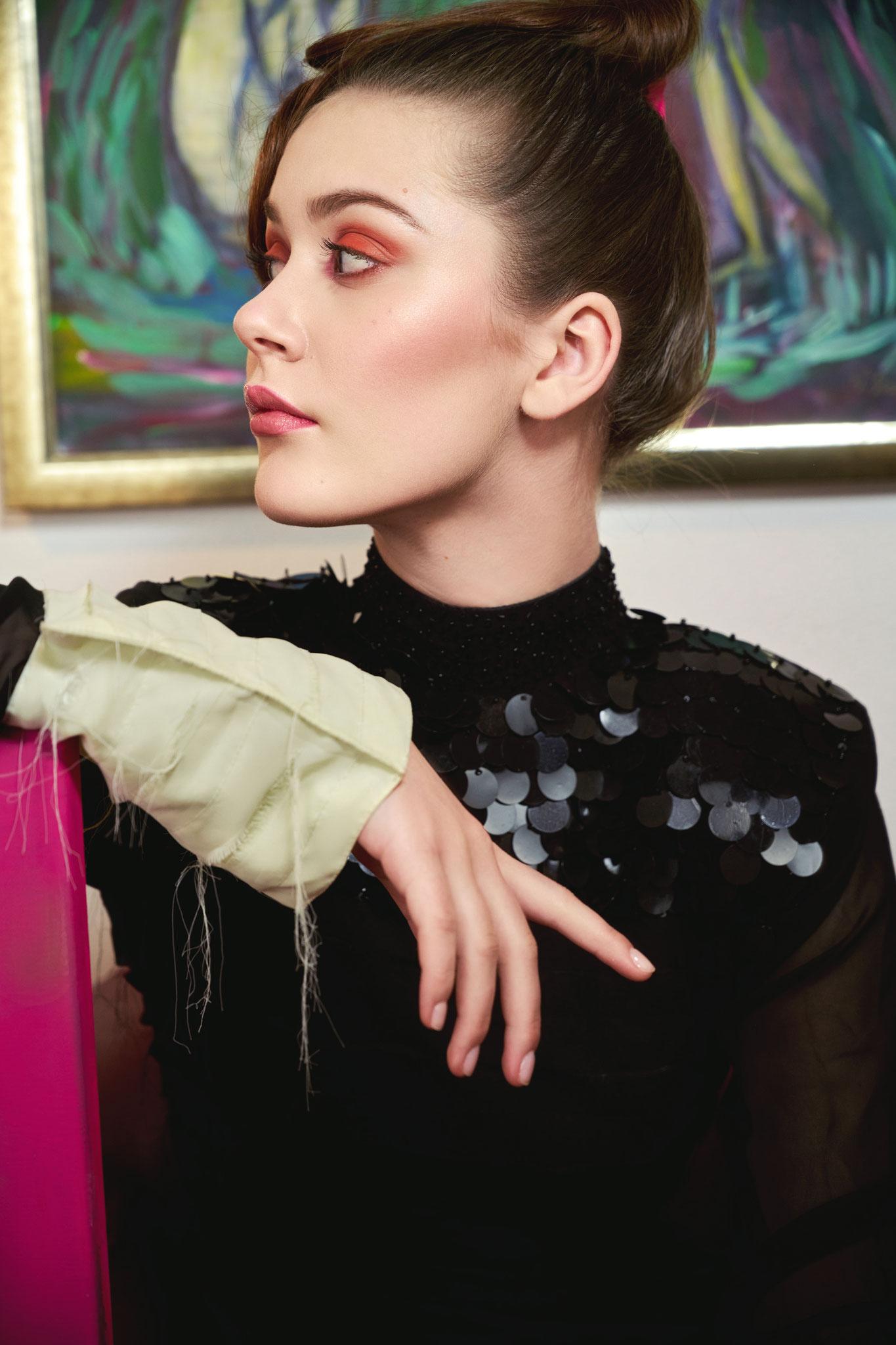 Photographer: Marian Bellenberg - Fashion Stylist: Vesna Resch
