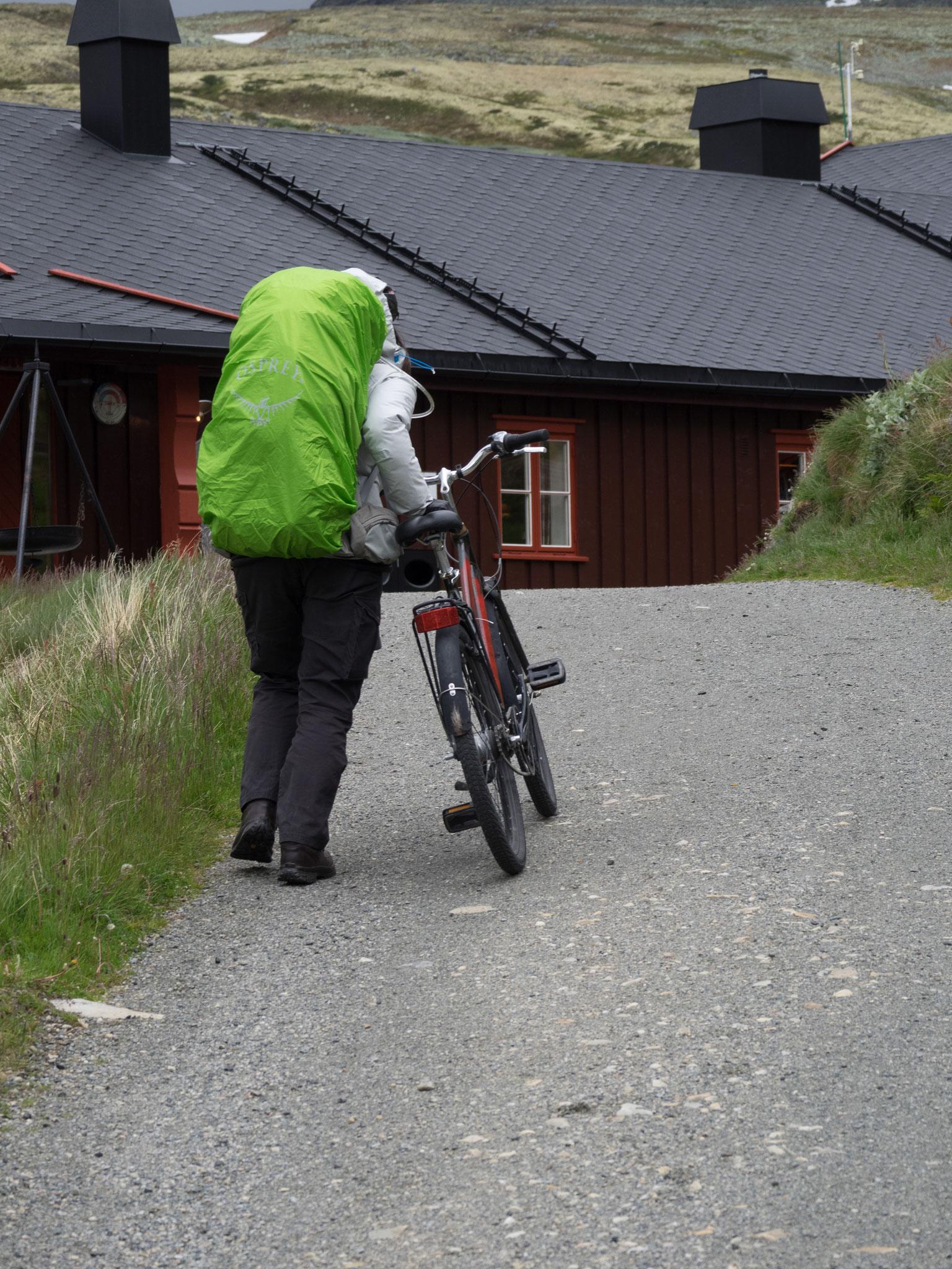 Mit dem Rad zur Hütte