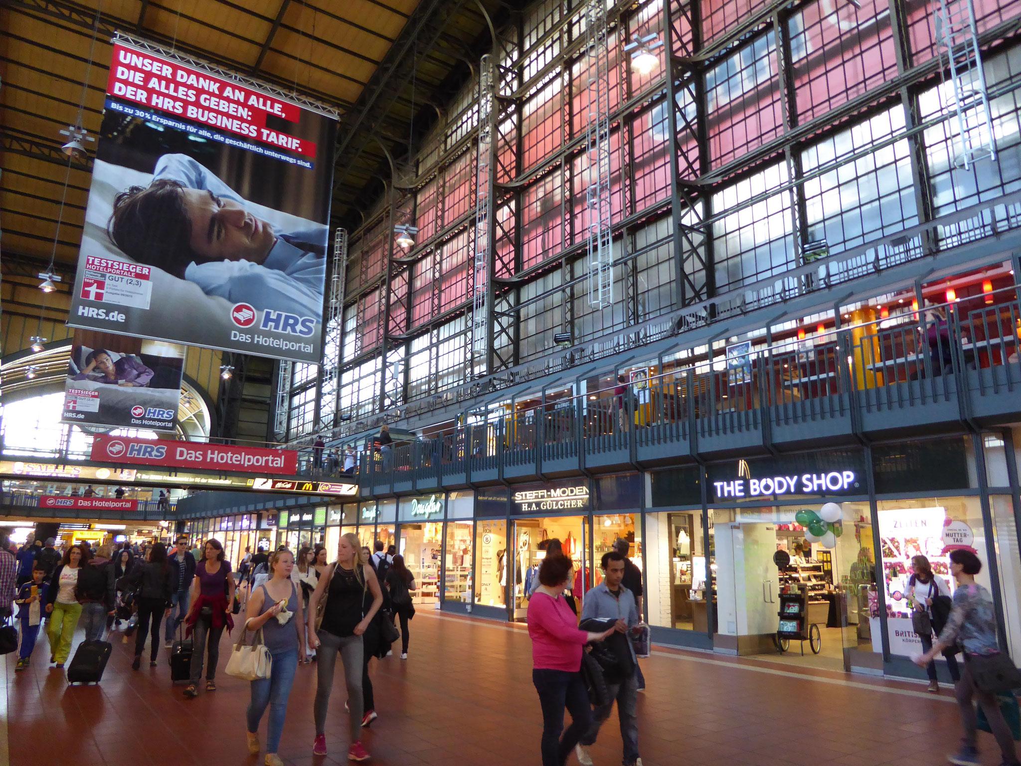 Hamburger Hauptbahnhof von innen