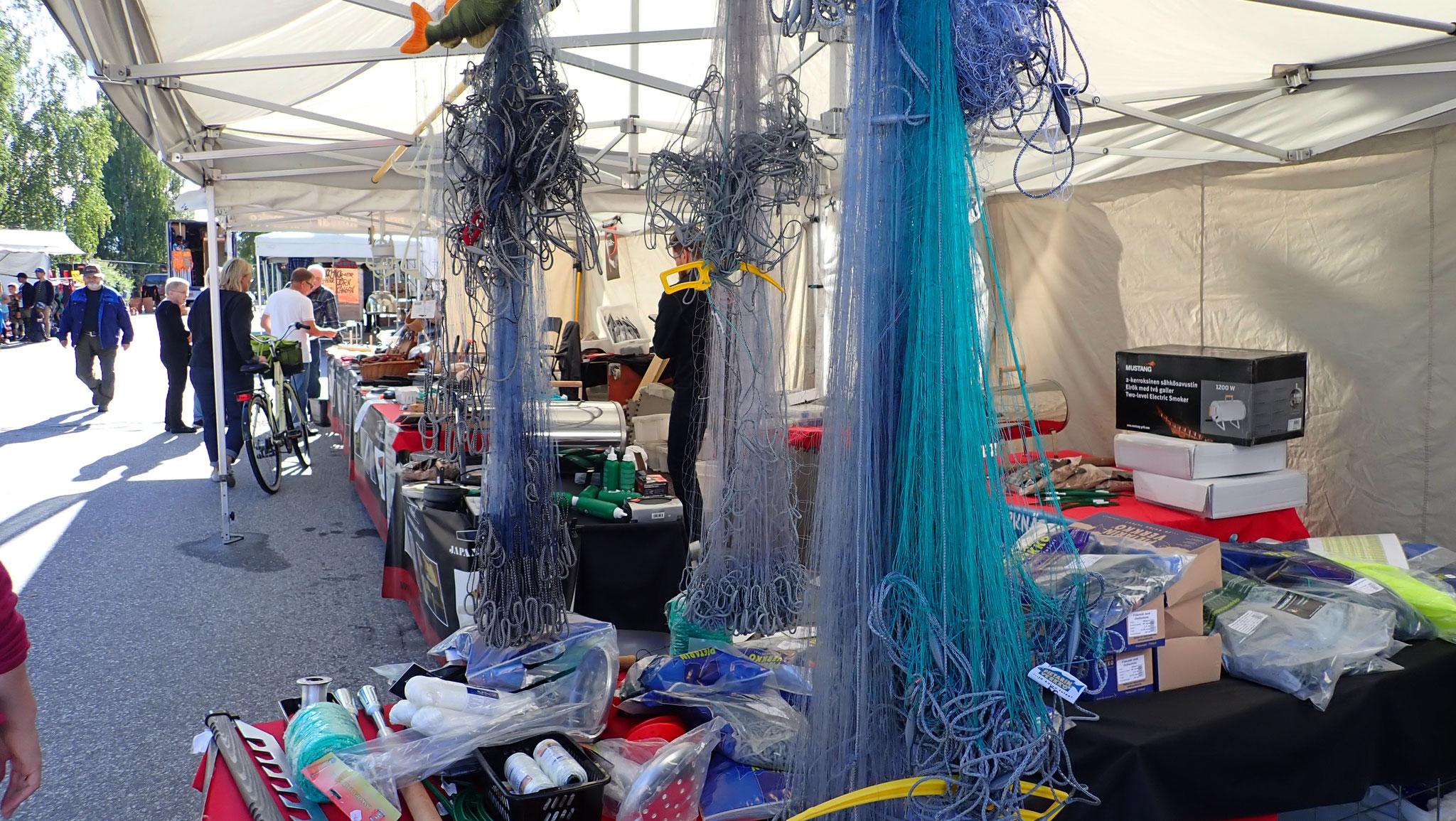 Fischernetze, Werkzeug und allerlei