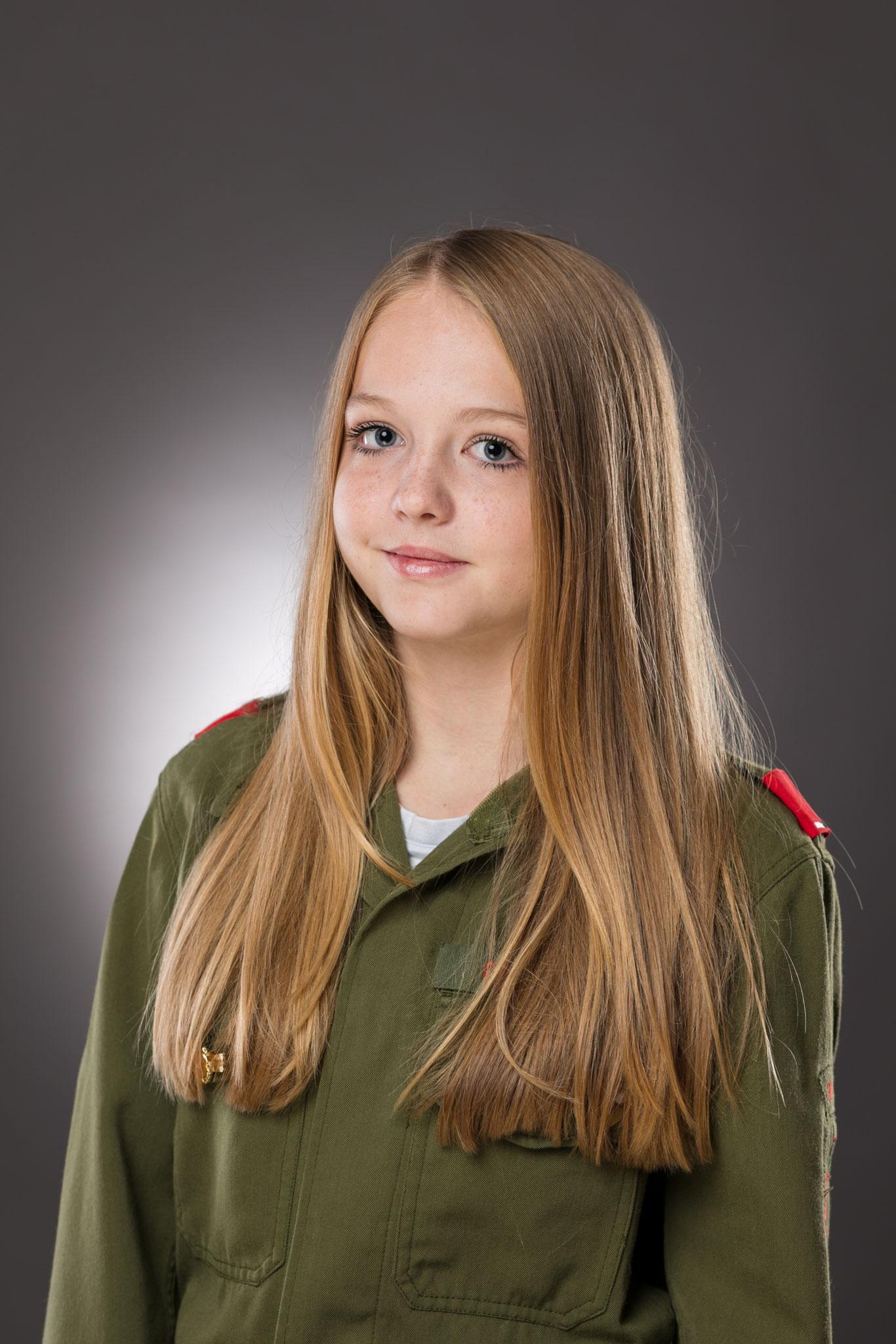 JFM GRINSCHGL Angelina