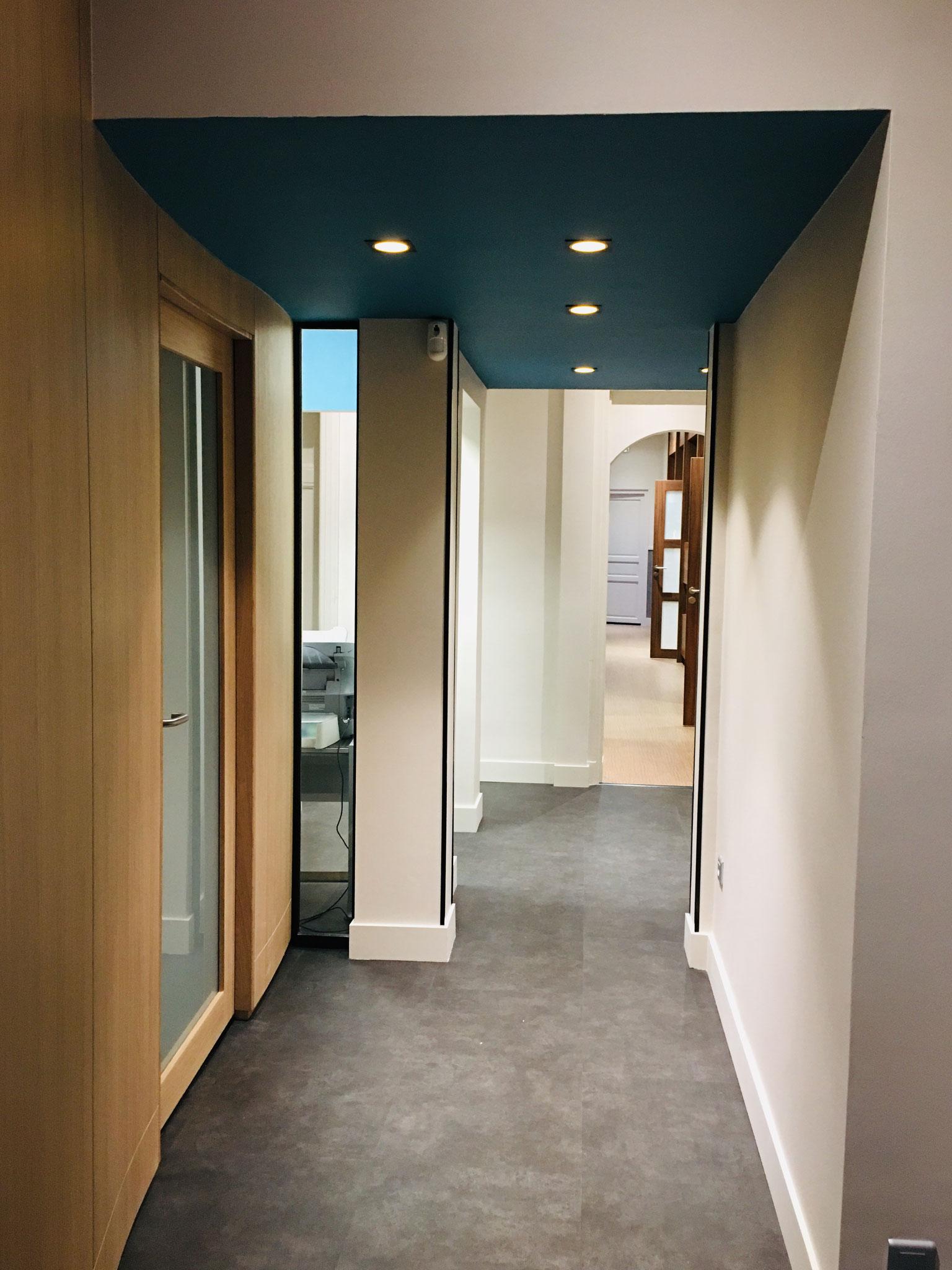 APRES Renovation Bureaux (maitrise d'oeuvre ACOR MOE Grenoble -Arch. Intérieur MLM intérieurs)