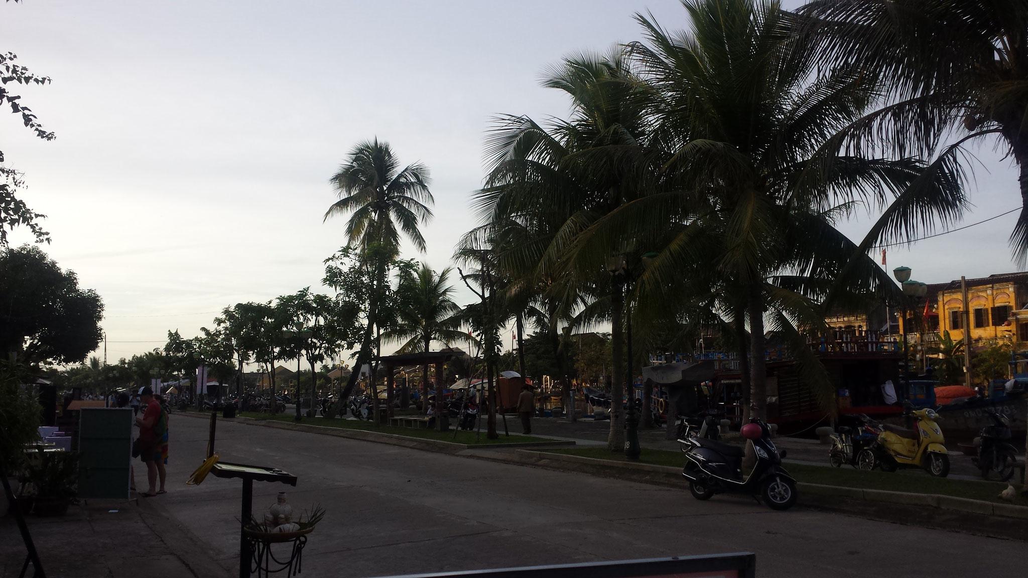 Hoi An Promenade