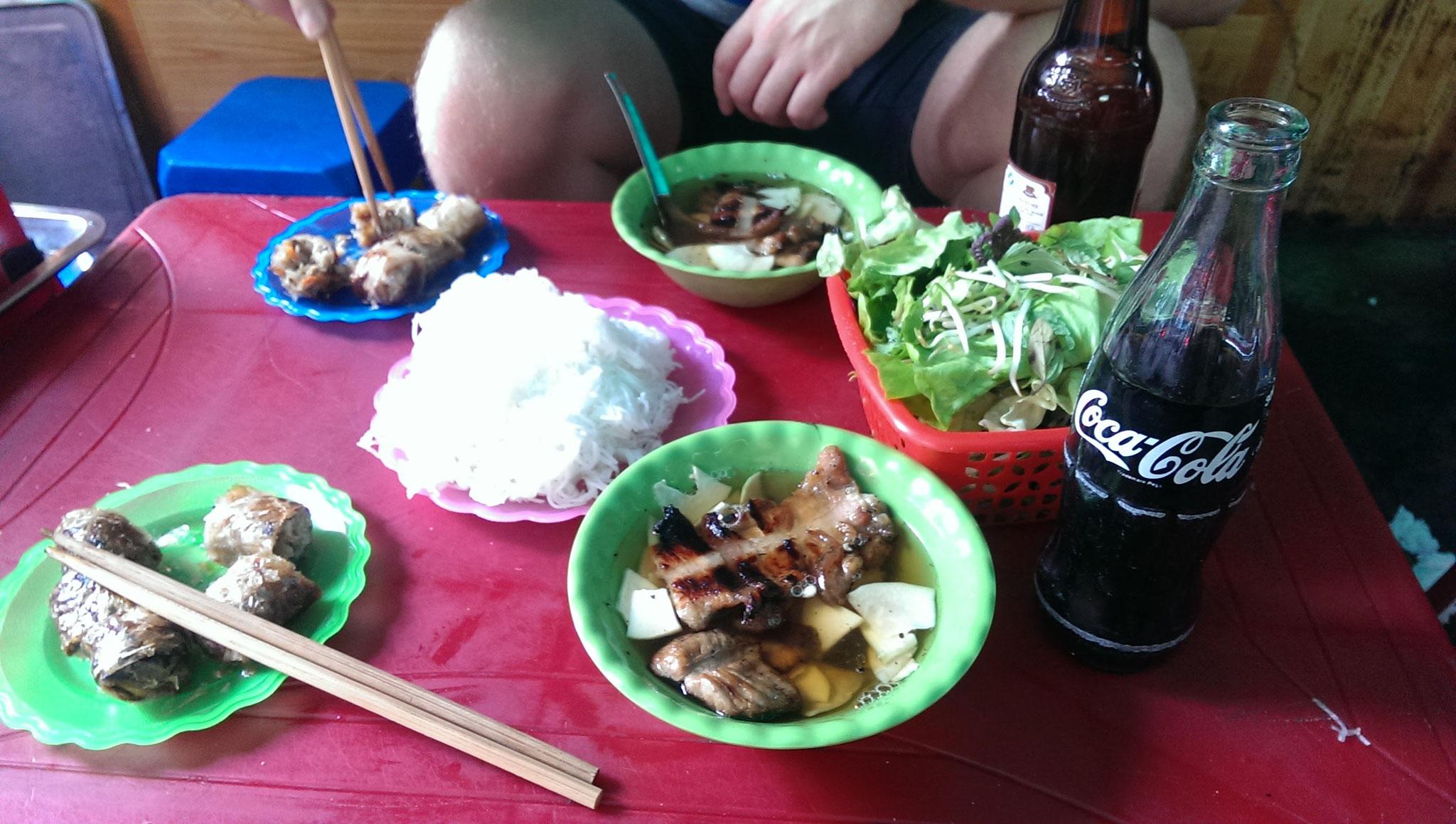 Streetfood Soup Hanoi