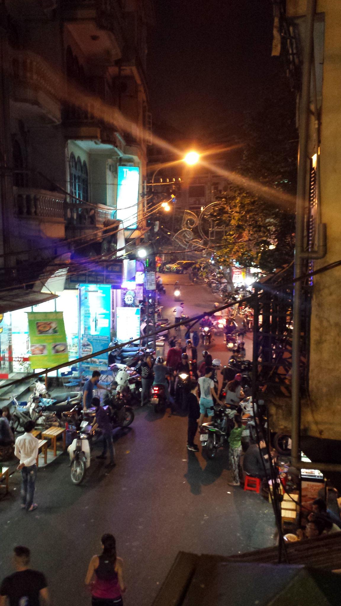 Finnegans Irish Pub Hanoi