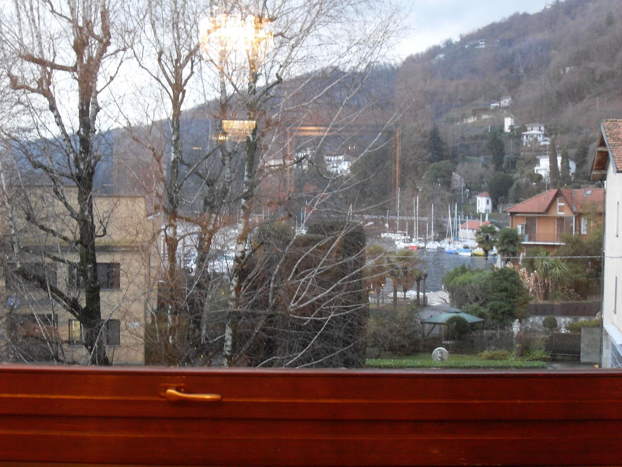 Wohnzimmer: Blick aus dem Fenster
