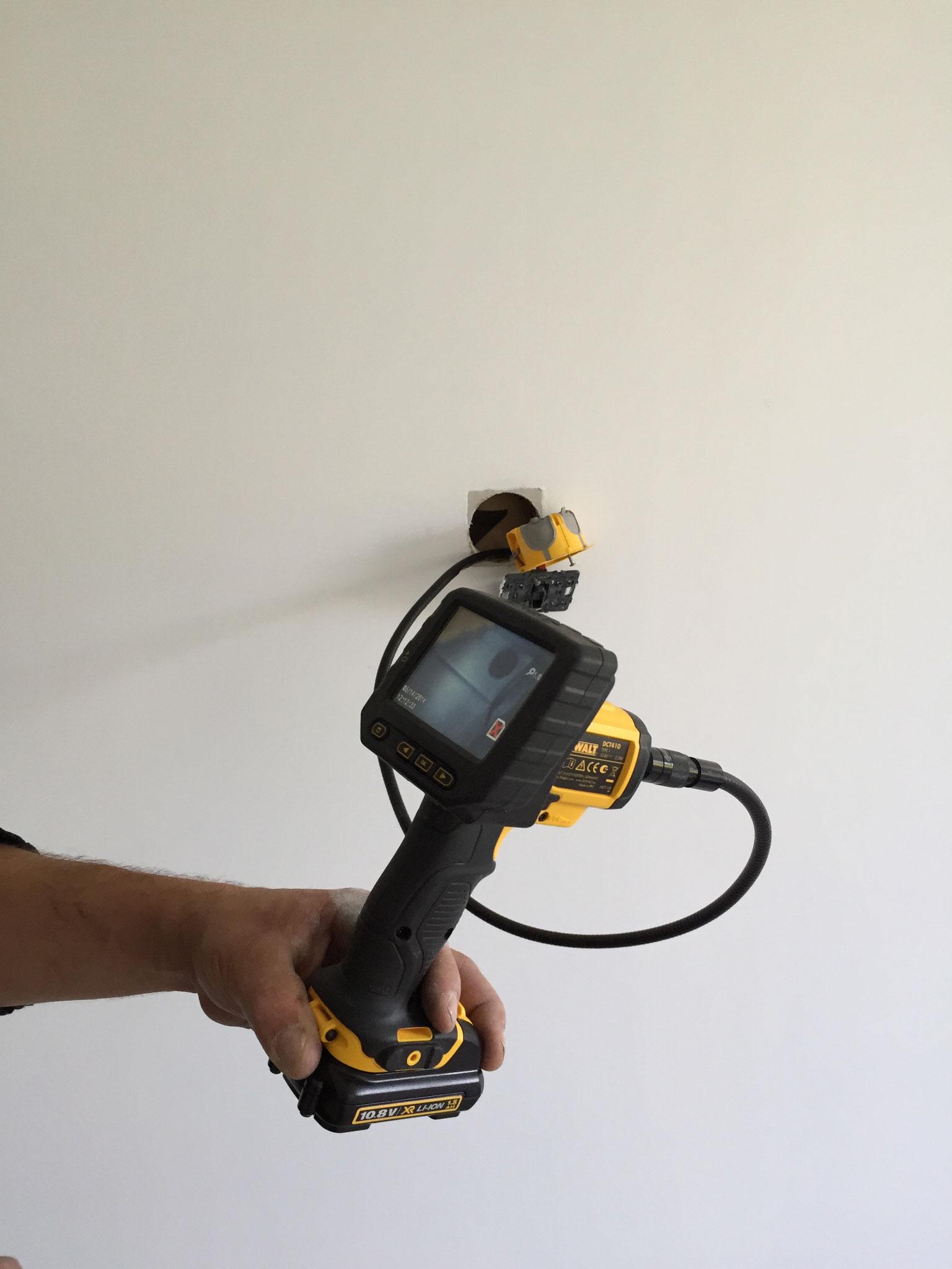 Caméra d'inspection permet un sondage non destructif pour vérifier la qualité et l'épaisseur de l'isolation