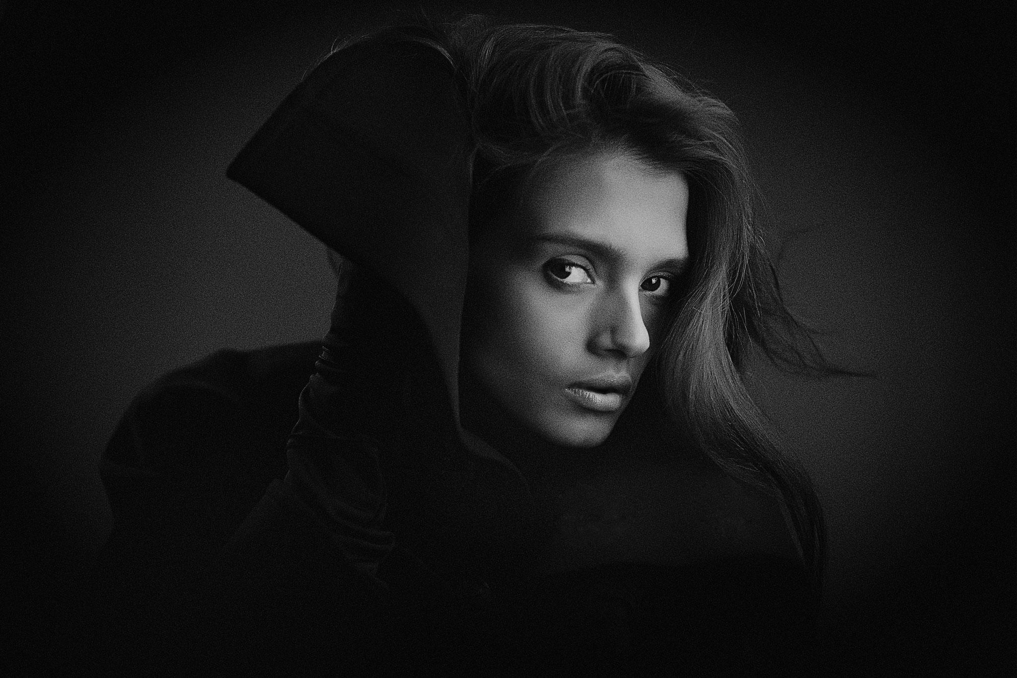 Sergey Borisov EFIAP s (Russia) -Female portrait