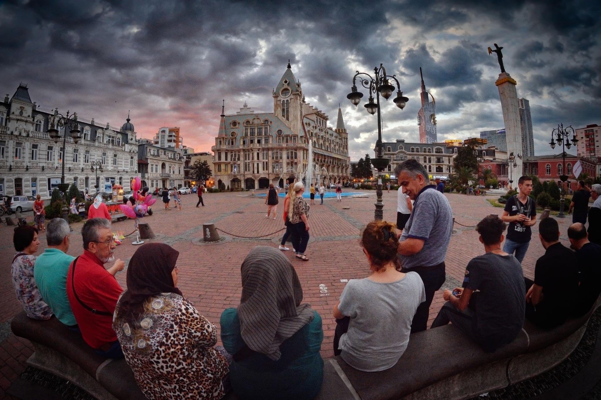 Evgeny Turkov (Penza-RUSS)  -Evening in Batumi (Georgia)