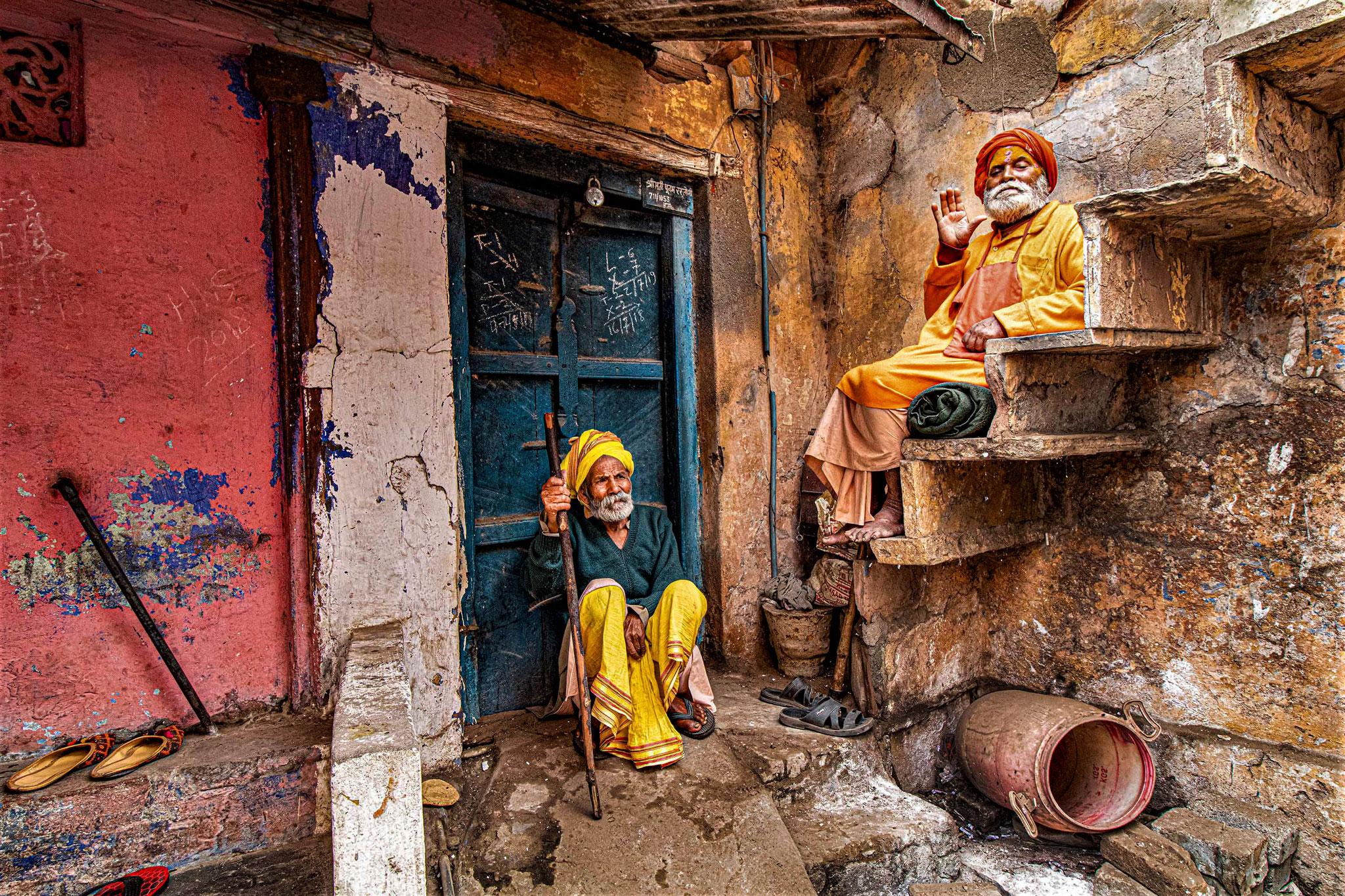 ubhra  Roychowdhury EFIAP (India)  - Old and wise