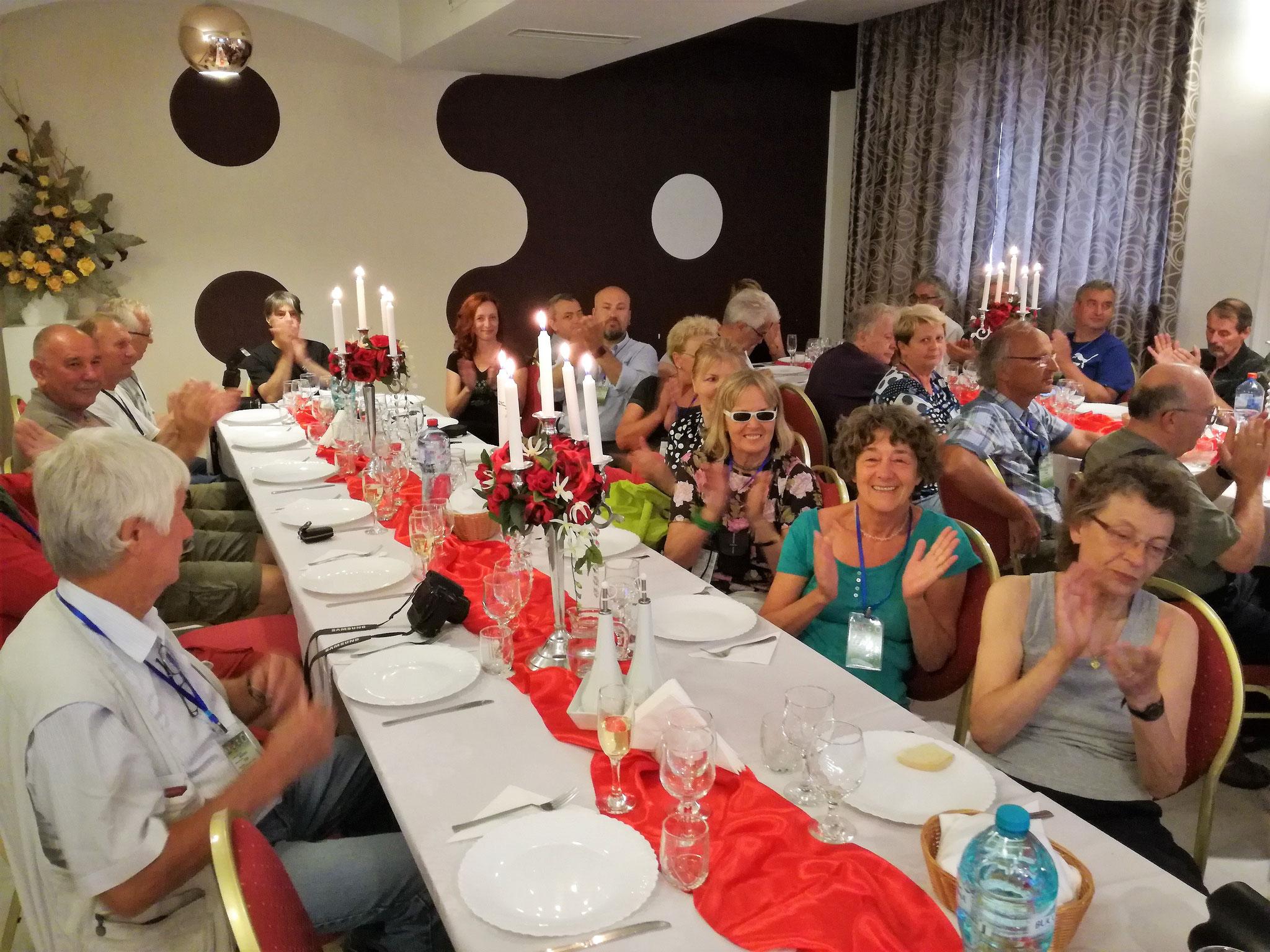 """Záró ünnepség a Nagyváradi """"Nevis"""" vendéglőben."""