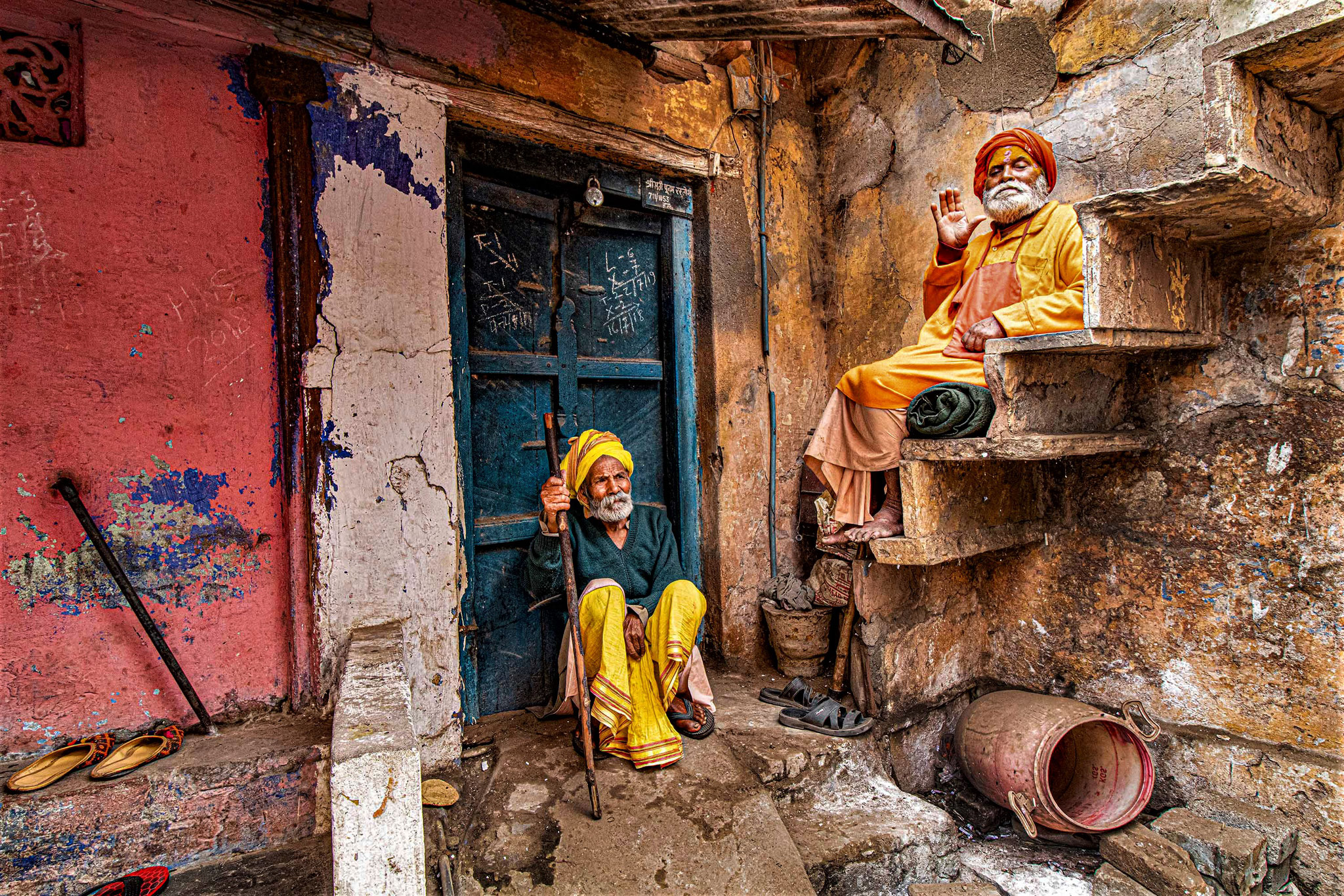 Subhra  Roychowdhury EFIAP (India)  - Old and wise