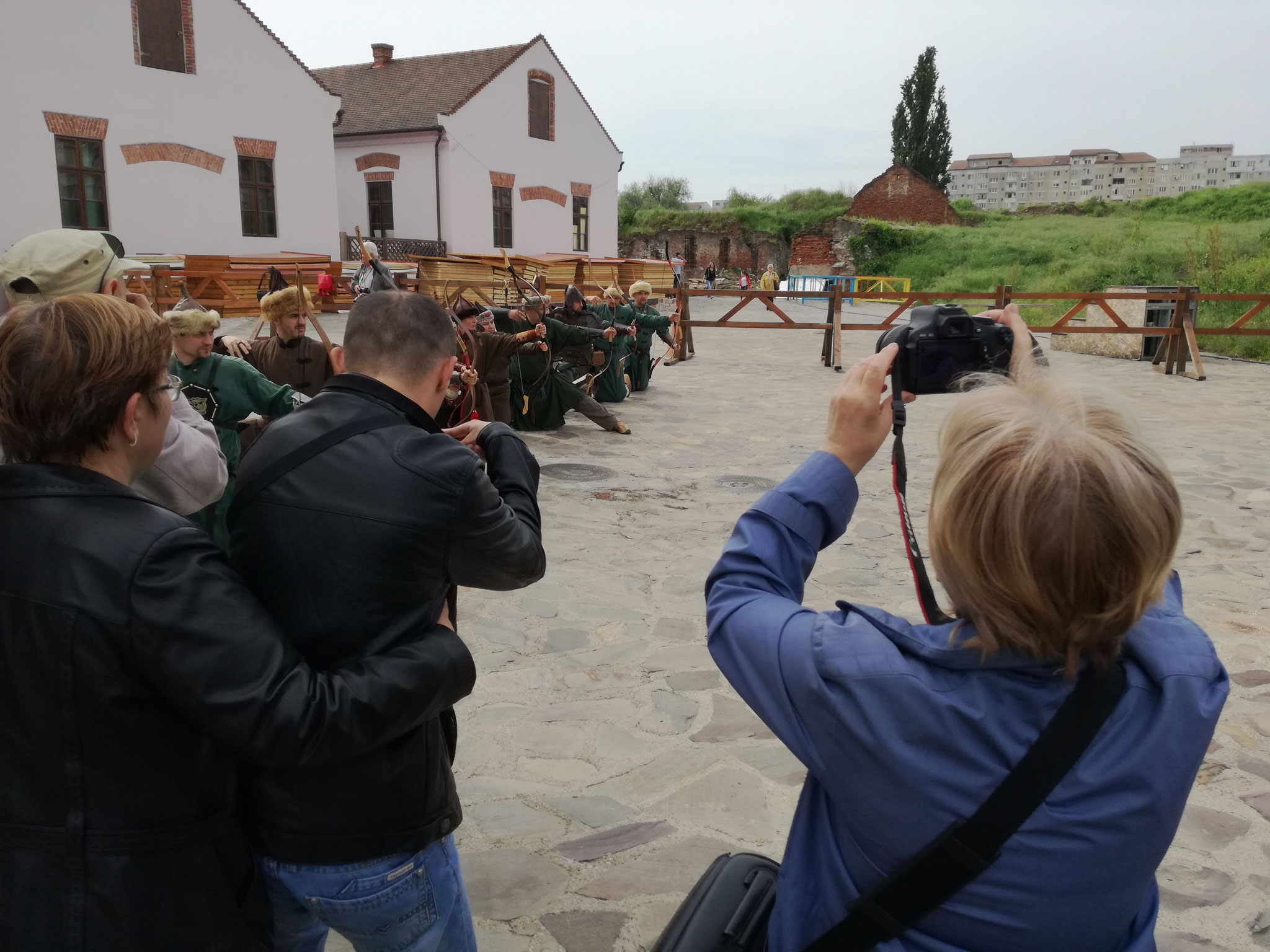 Creative workshop at Oradea fortress (Pusta wolves and Ordas Clan)